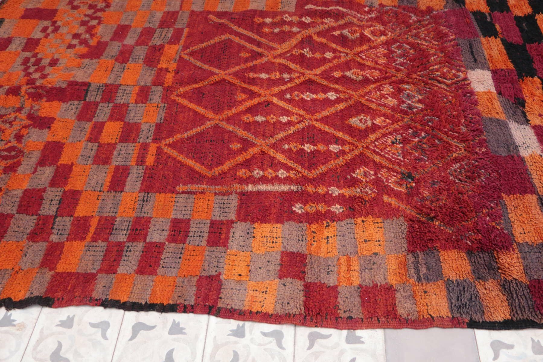 Moroccan Vintage Boujad Hand Knotted Wool Orange/Red Area Rug
