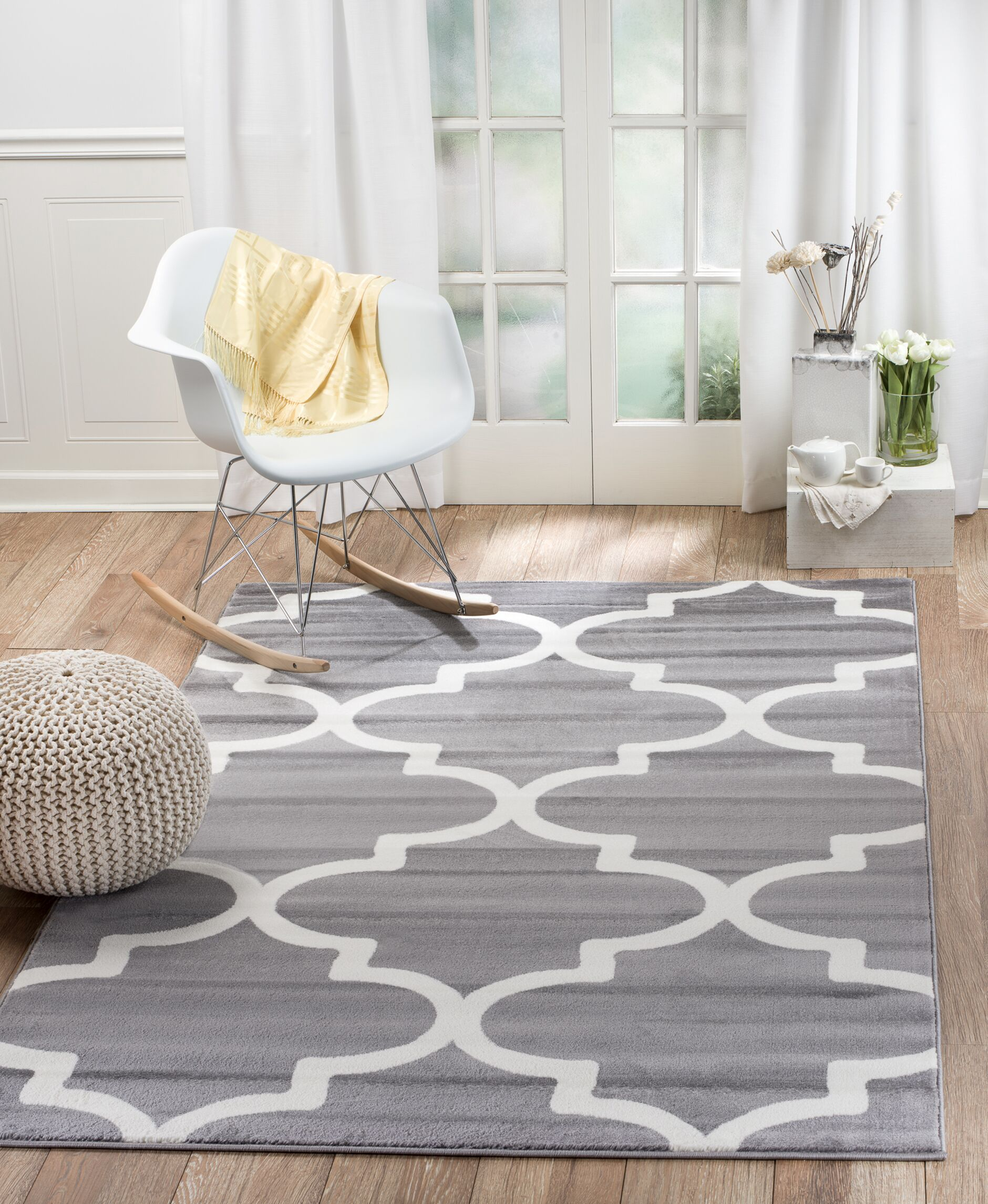 Frieda Gray Indoor Area Rug Rug Size: 7'4
