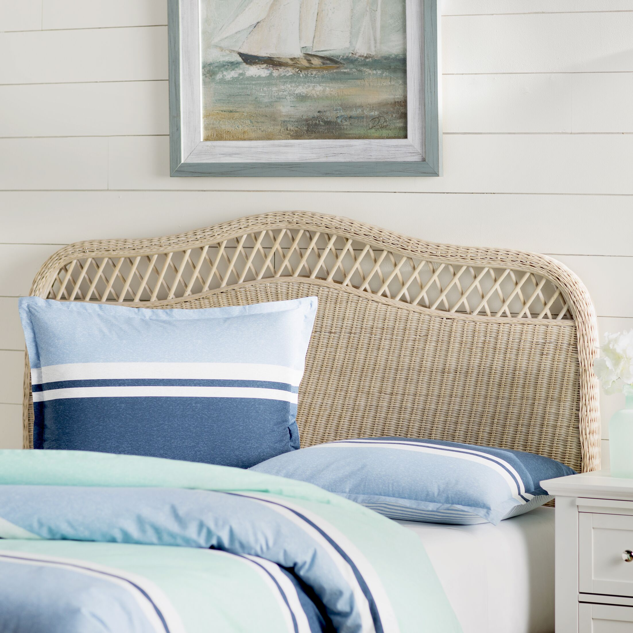 Gordon Panel Headboard Size: King, Color: White Washed