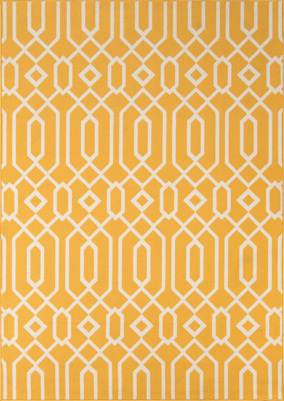 Halliday Yellow Indoor/Outdoor Area Rug Rug Size: Rectangle 8'6