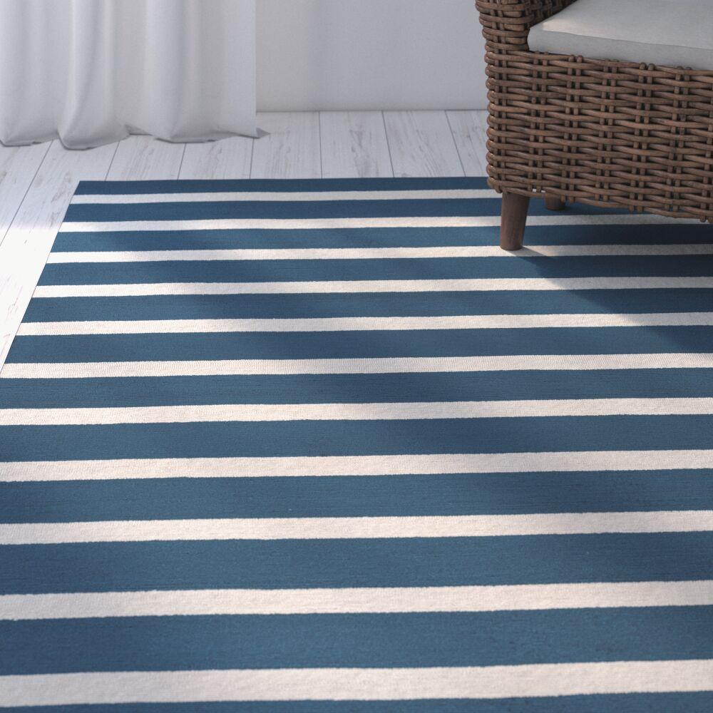 Lyndon Hand-Tufted Marine Blue Indoor/Outdoor Area Rug Size: Round 8'