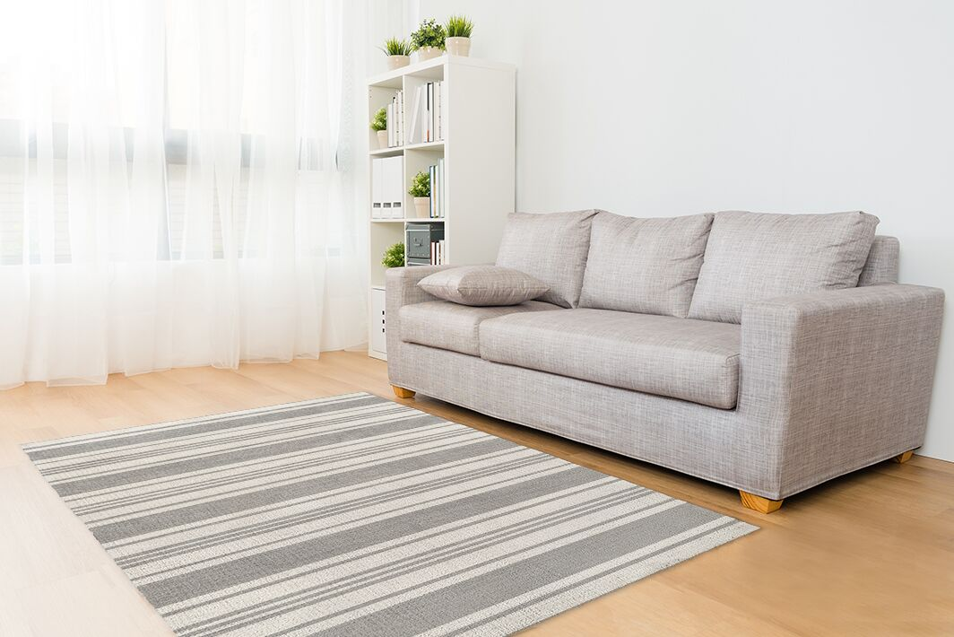 Fitzgerald Gray/White Area Rug Size: Rectangle 8' x 10'
