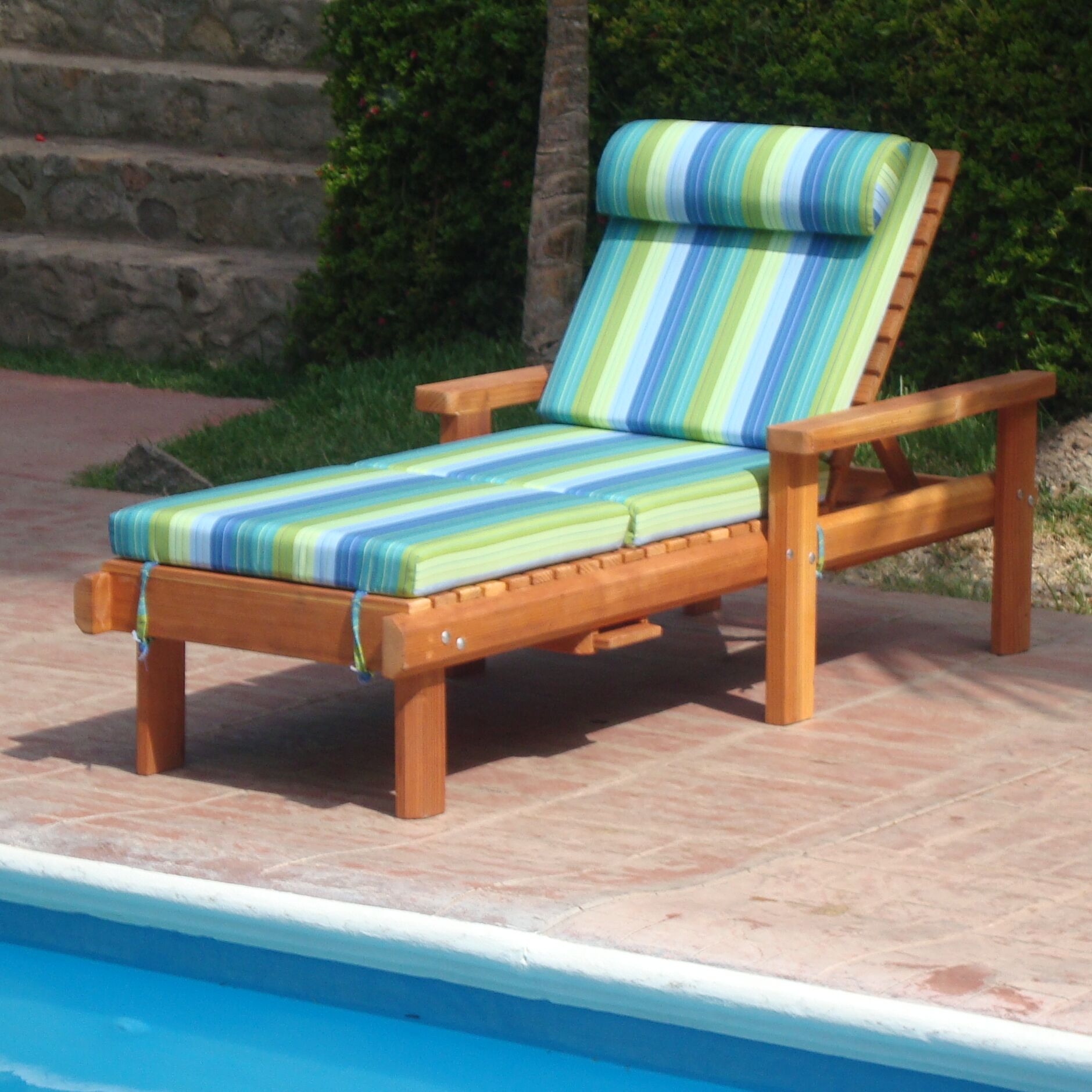 Henry Rustic Beach Chaise Lounge Finish: Super Deck