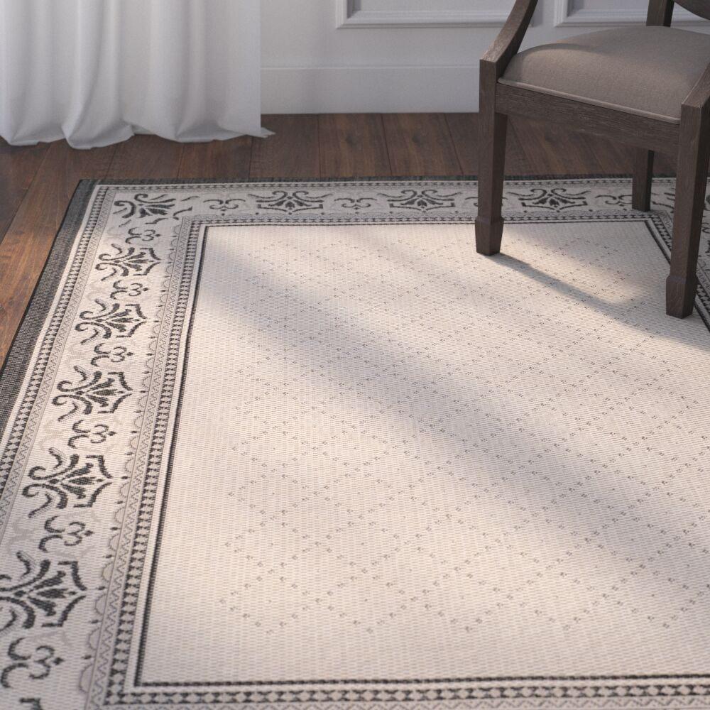 Beasley Vine Border Outdoor Rug Rug Size: Rectangle 5'3