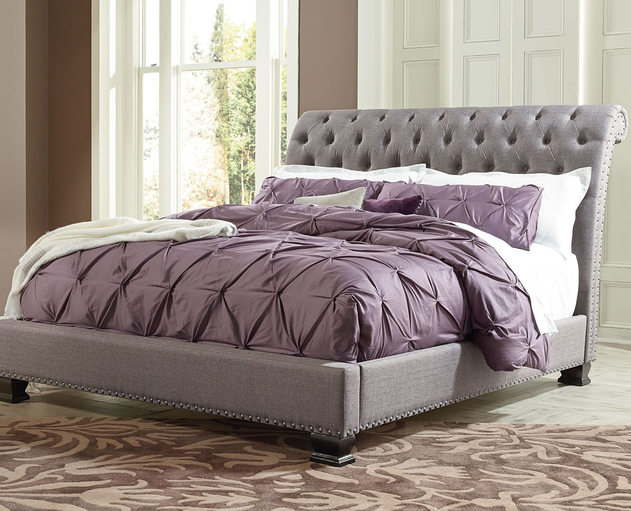Derrell Upholstered Sleigh Bed