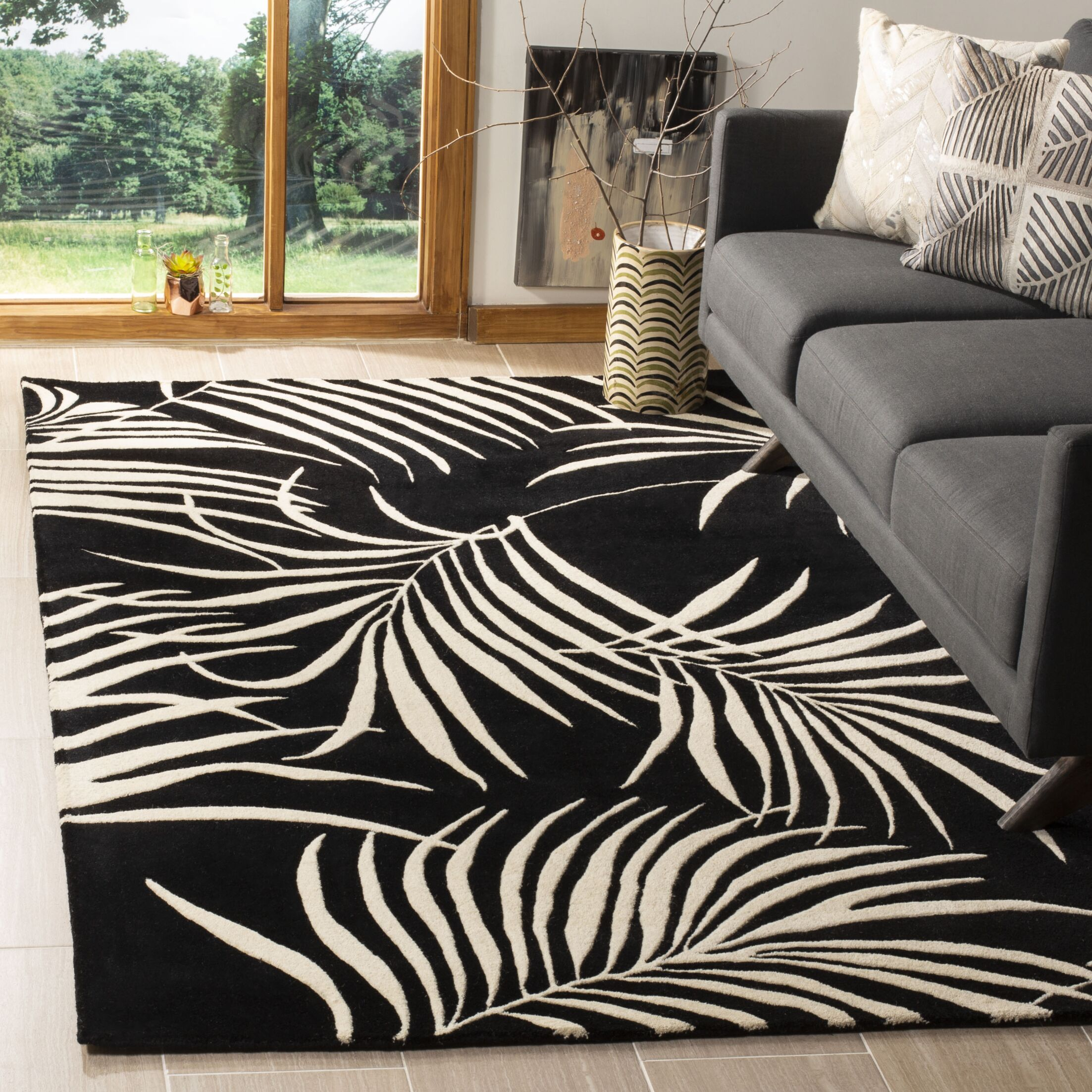 Orin Black/Ivory Rug Rug Size: Rectangle 5' x 8'