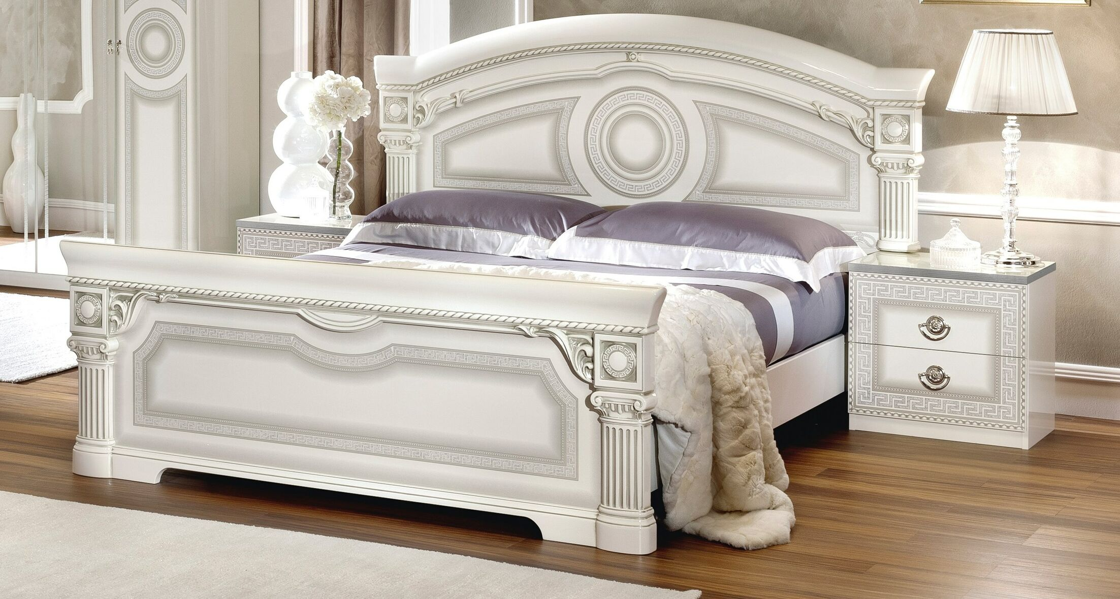 Alexzander Panel Bed Size: King, Color: White/Silver