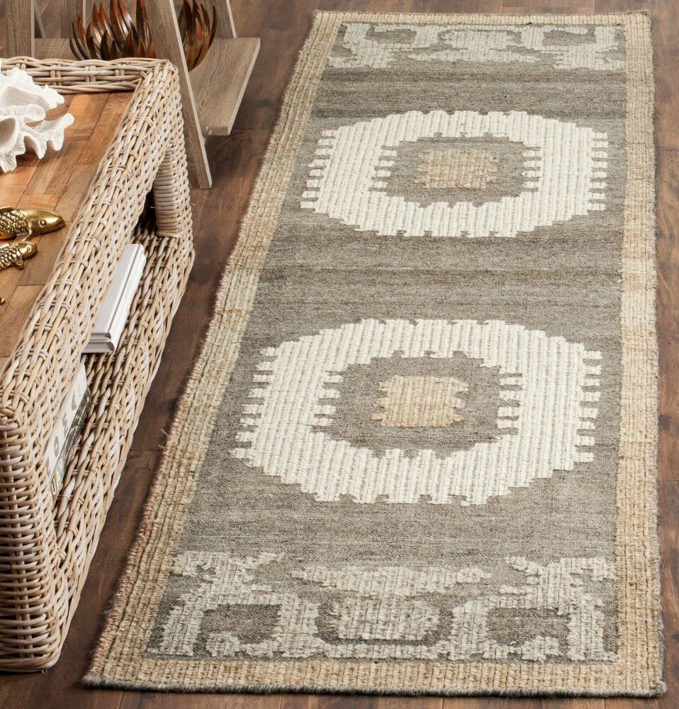 Gretta Hand-Tufted Wool Ivory/Brown Area Rug Rug Size: Rectangle 3' x 5'