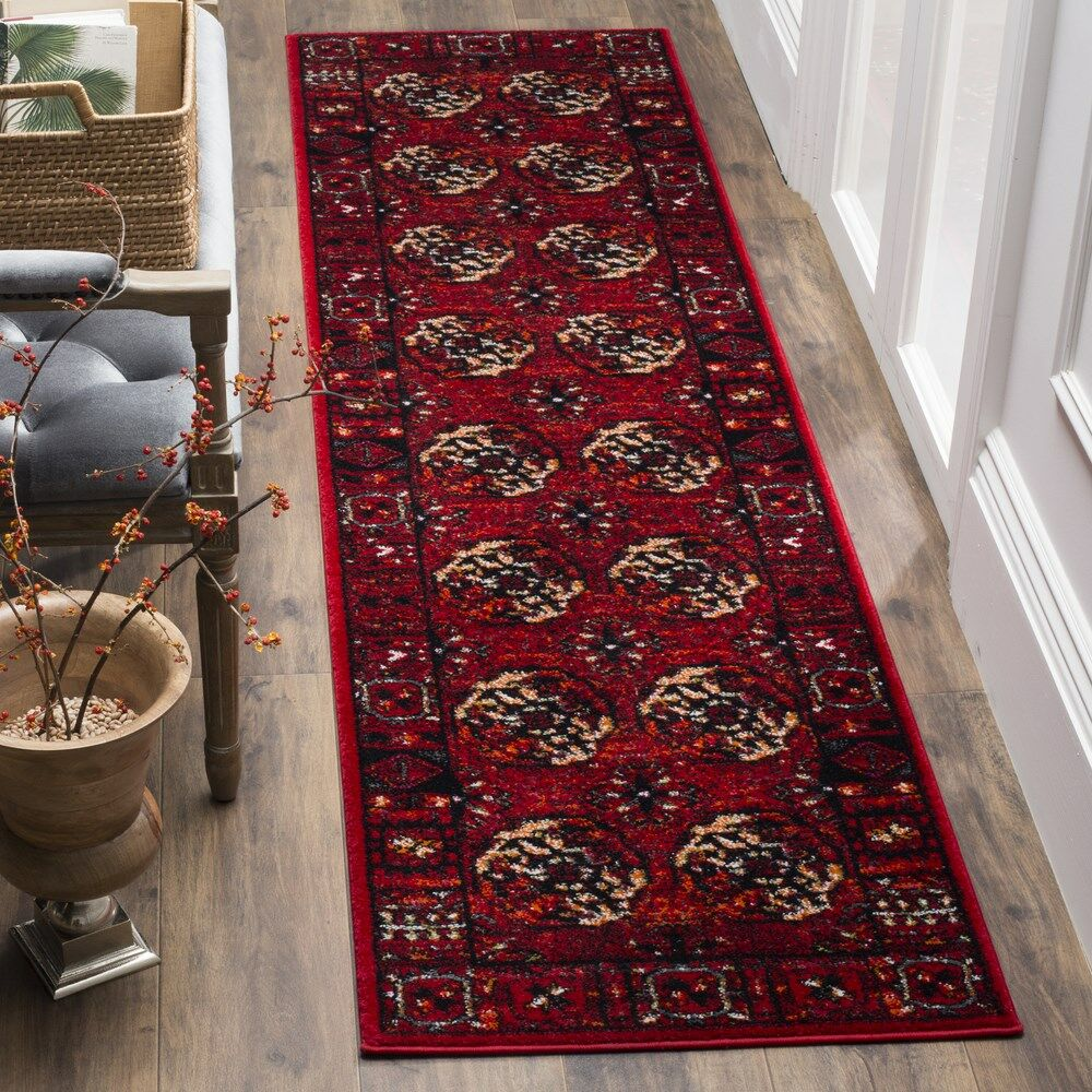 Parthenia Red Area Rug Rug Size: Round 6'7