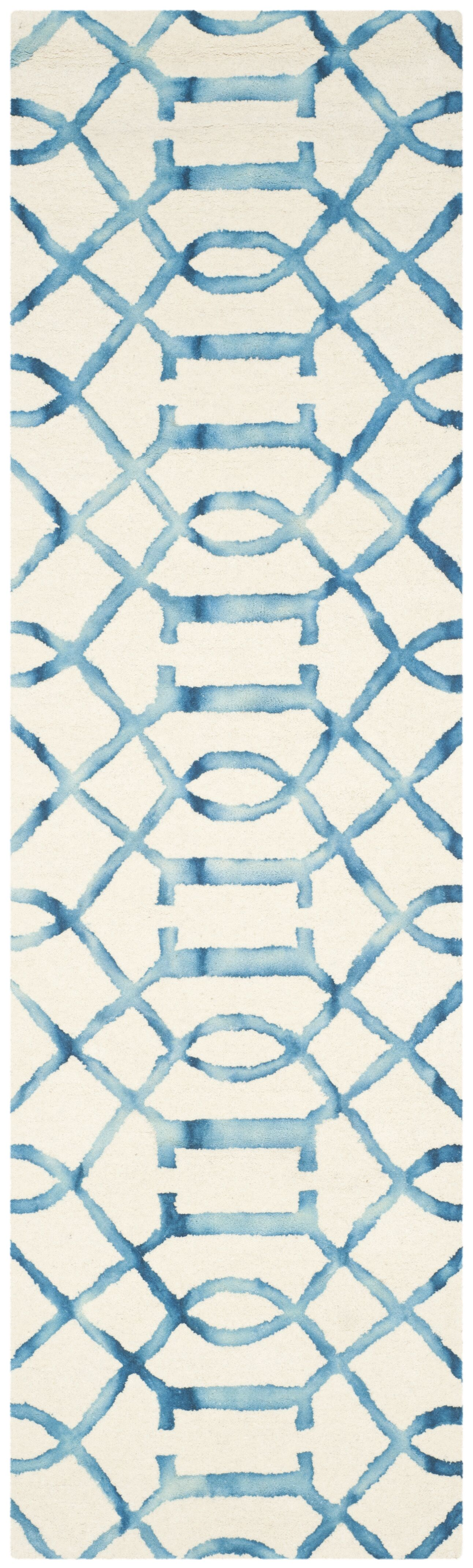 Braylee Ivory/Turquoise Area Rug Rug Size: Runner 2'3