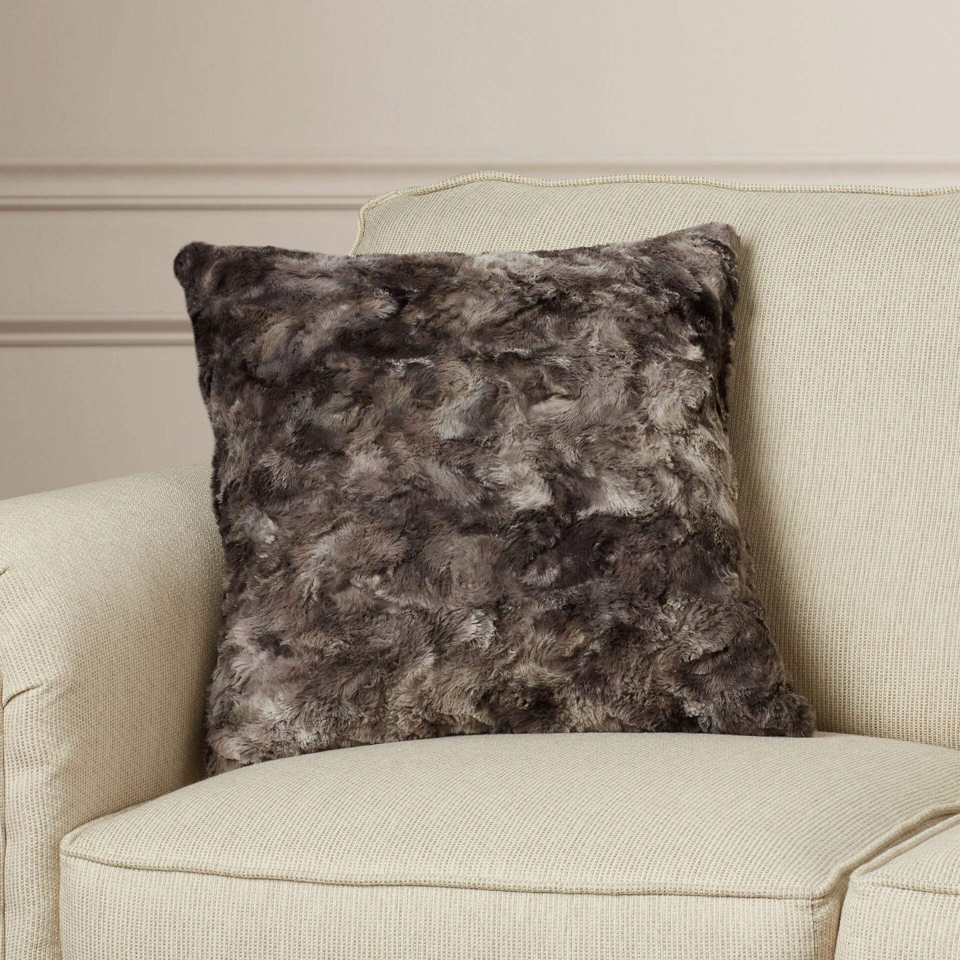 Geremia Throw Pillow Size: 18