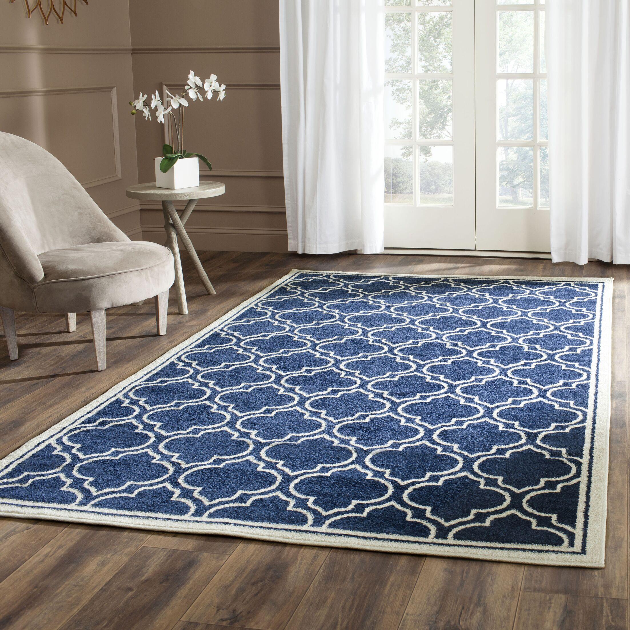 Maritza Navy / Ivory Indoor/Outdoor Area Rug Rug Size: Rectangle 4' x 6'