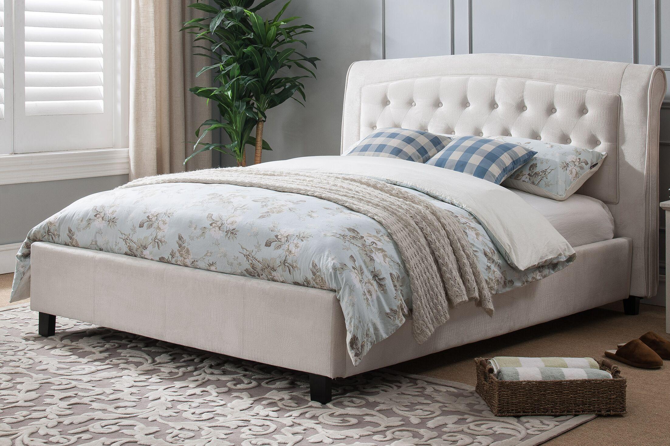 Honoria Upholstered Platform Bed Size: King, Color: Gray