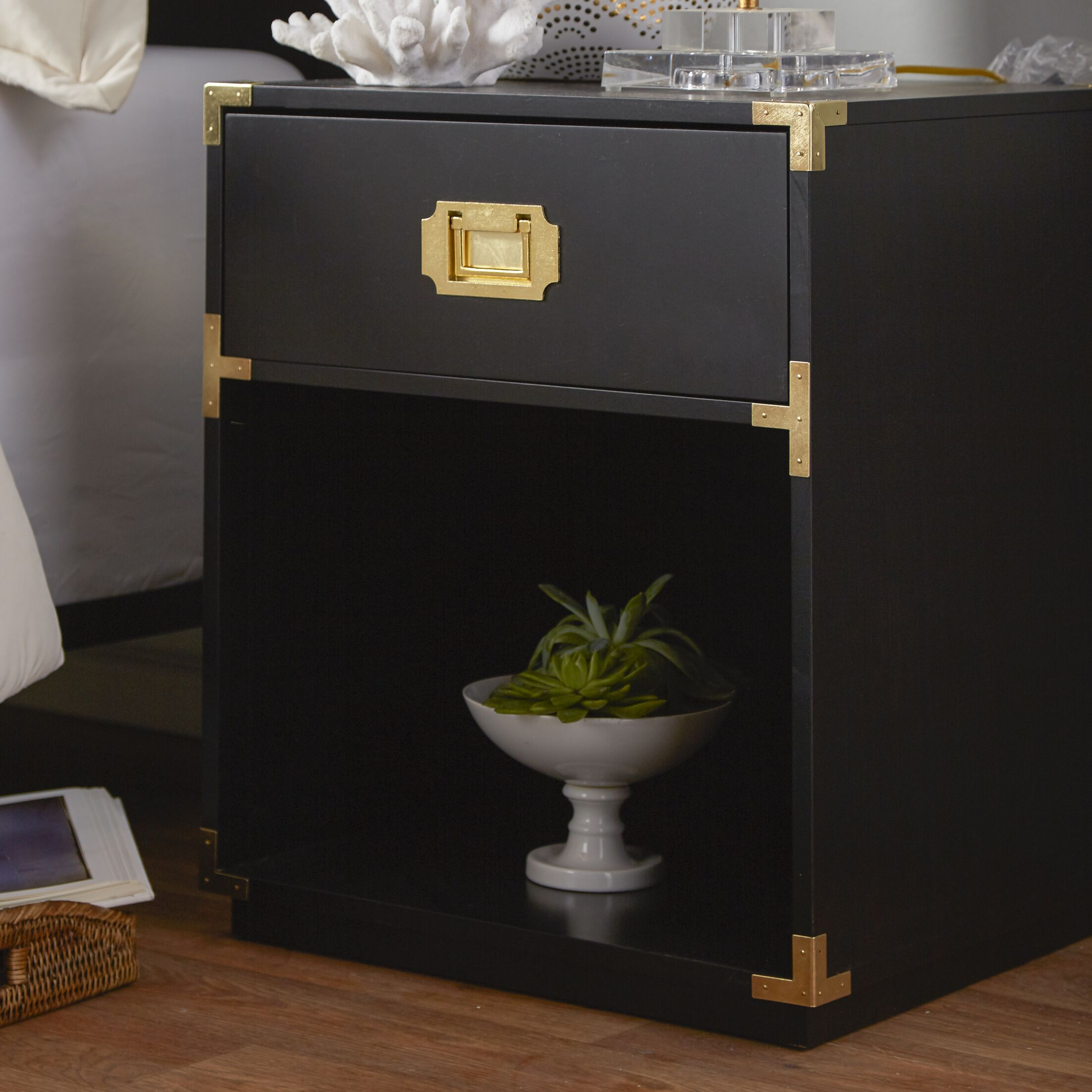 Kelly End Table Color: Black