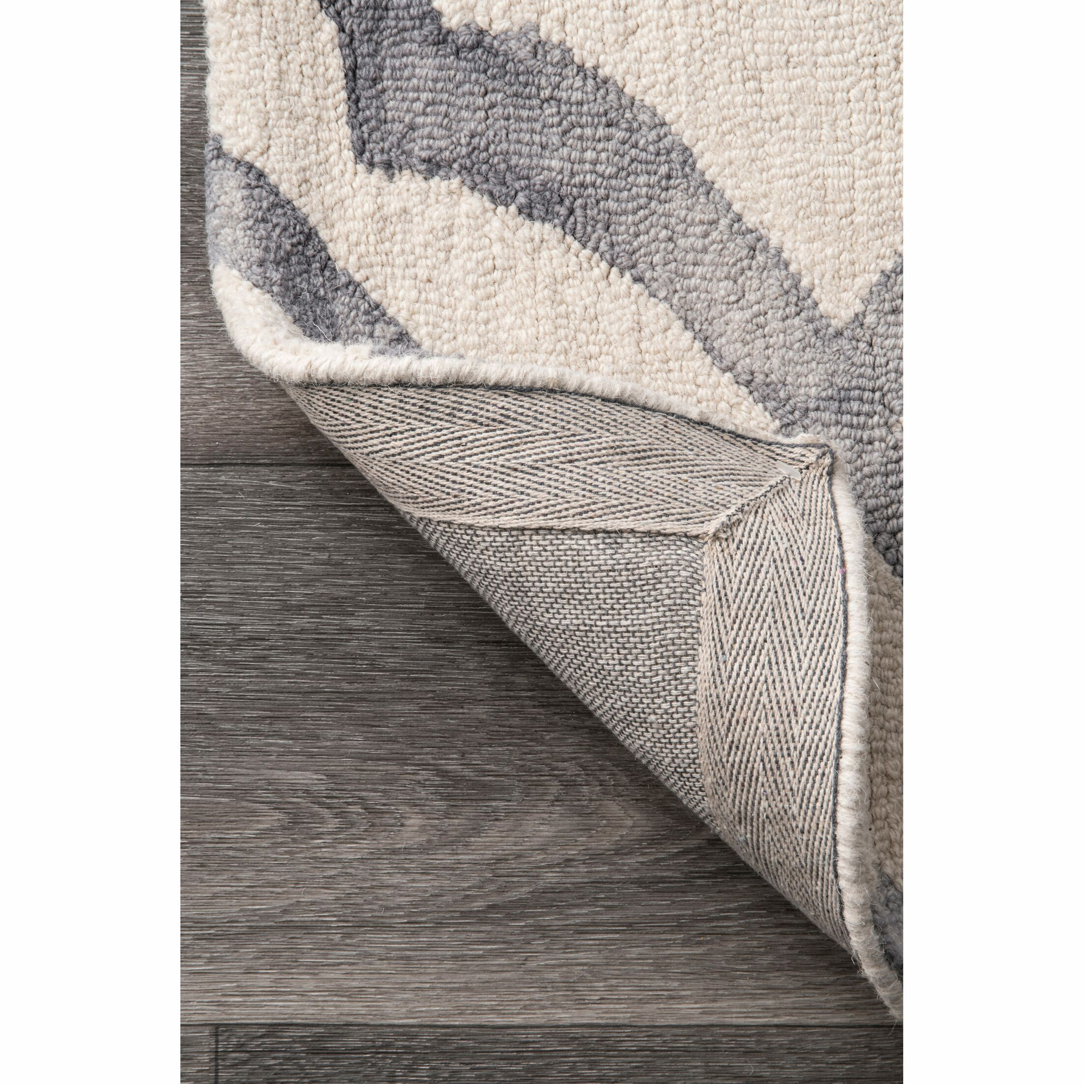 Beatrix Light Gray Area Rug Rug Size: Rectangle 9' 6