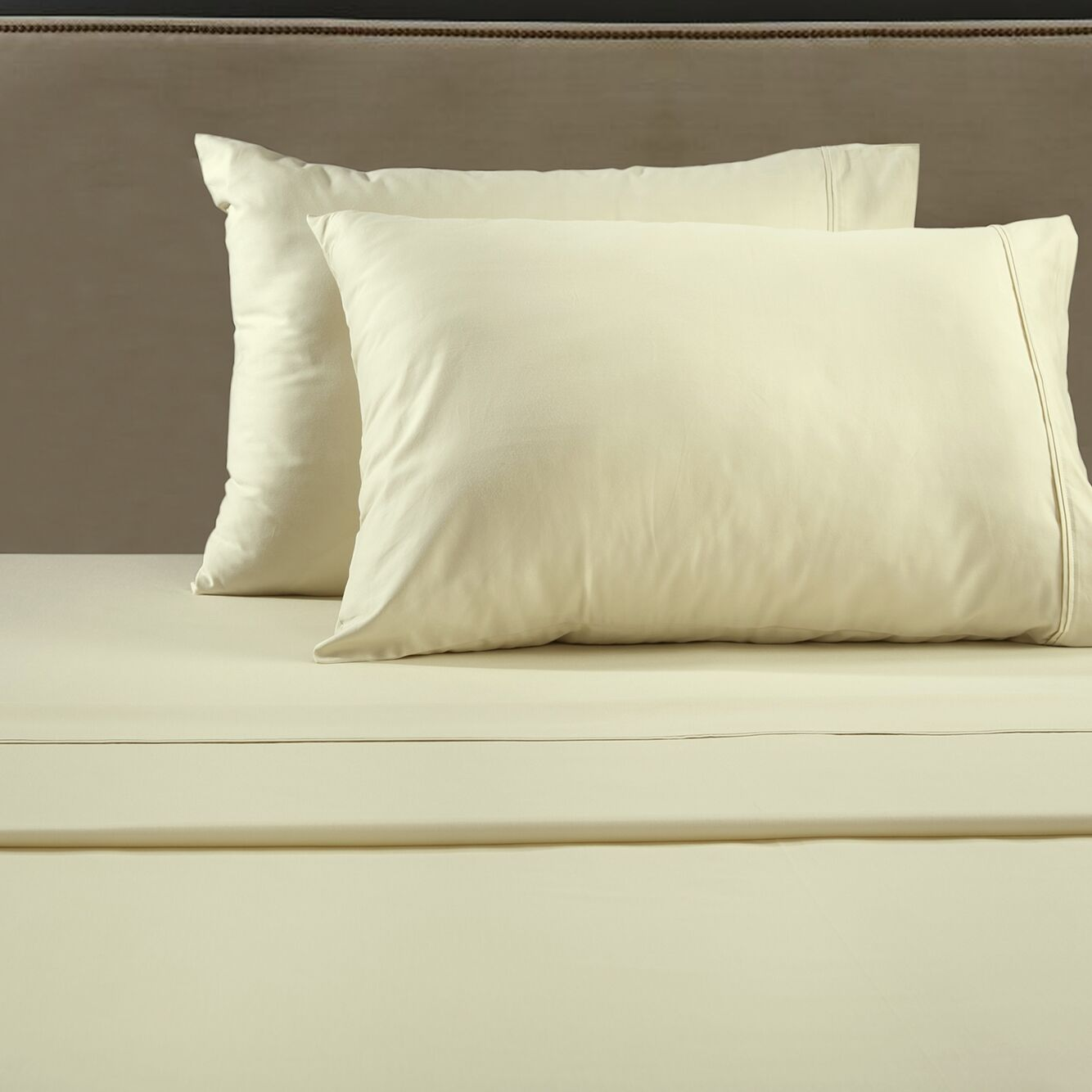 530 Thread Count Sheet Set Size: King, Color: Ivory
