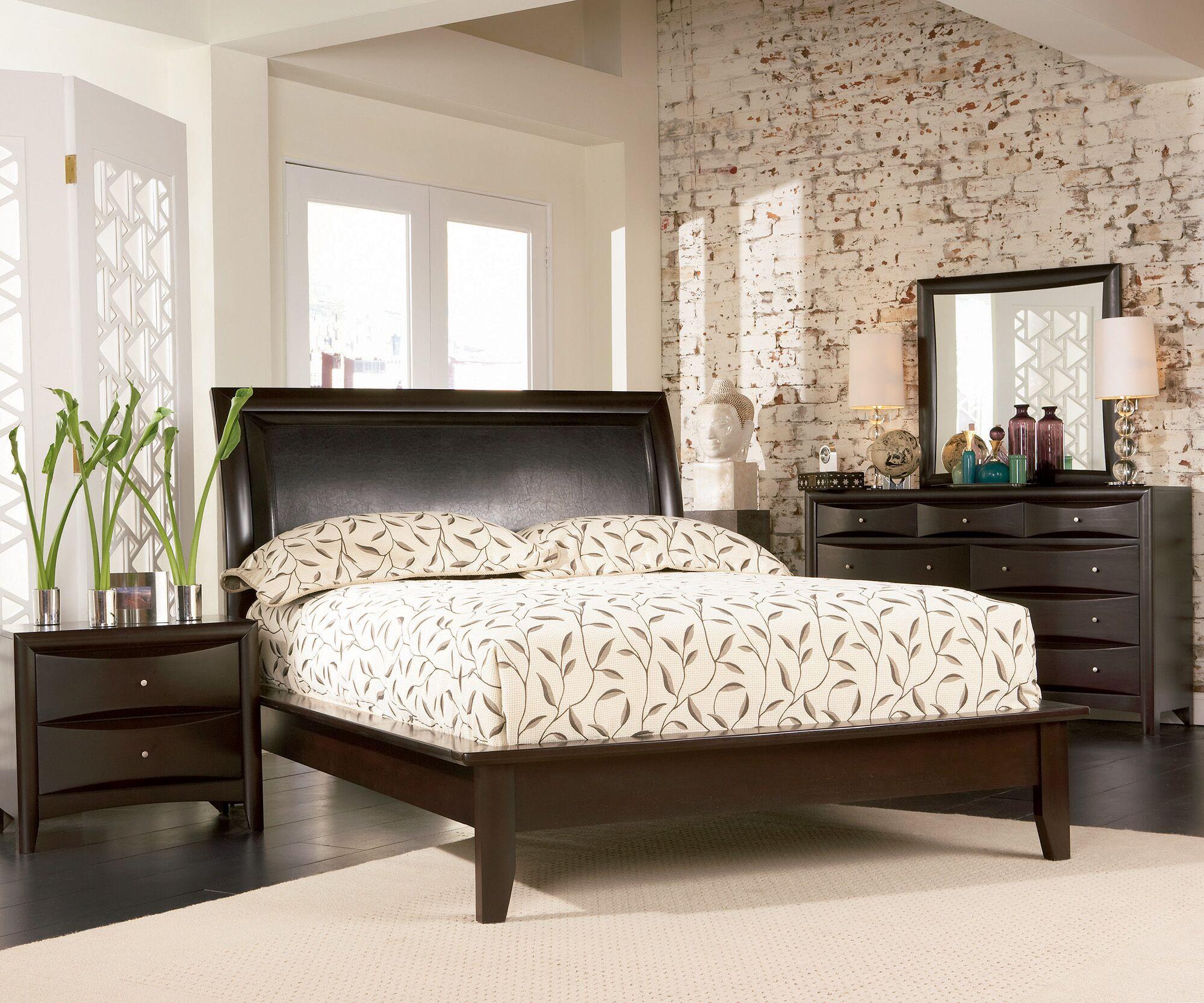 Croxton Upholstered Storage Platform Bed Size: Eastern King