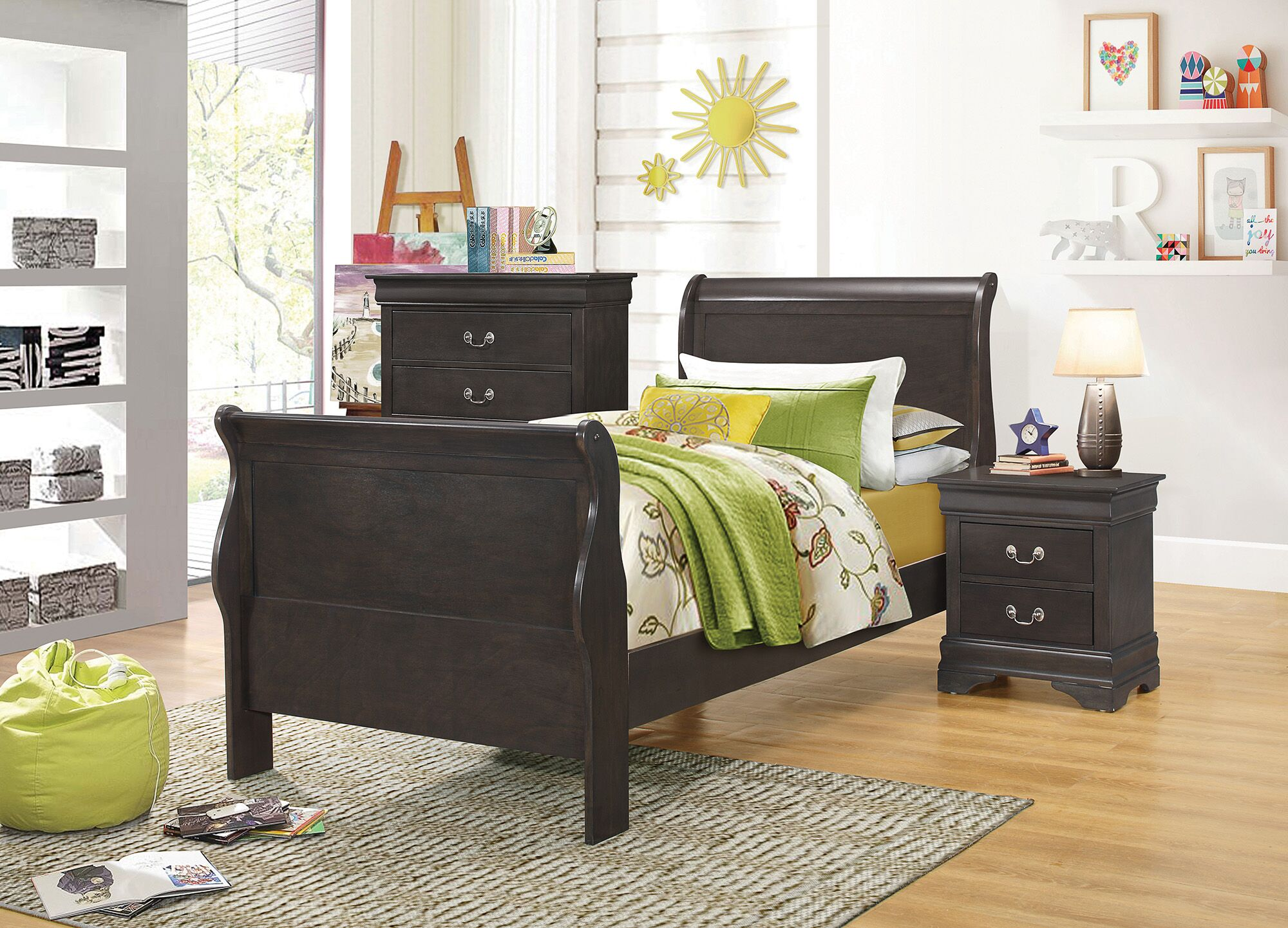Fontenelle Sleigh Bed Size: Queen