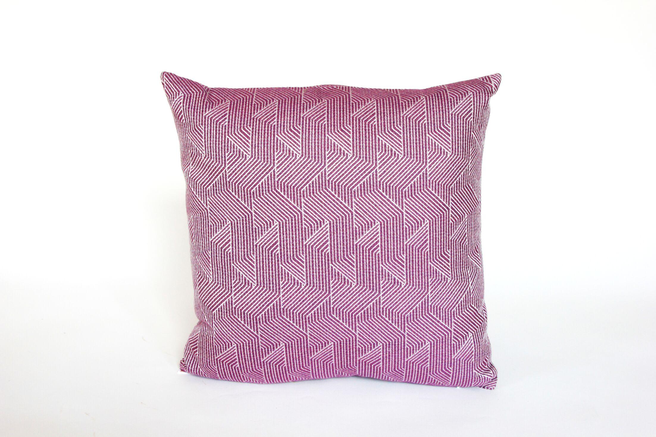 Elite Deco Divide Indoor/Outdoor Sunbrella Throw Pillow Size: 22