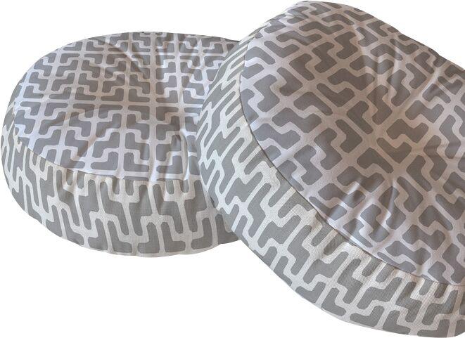 Lattice Jags Floor Pillow Size: 26