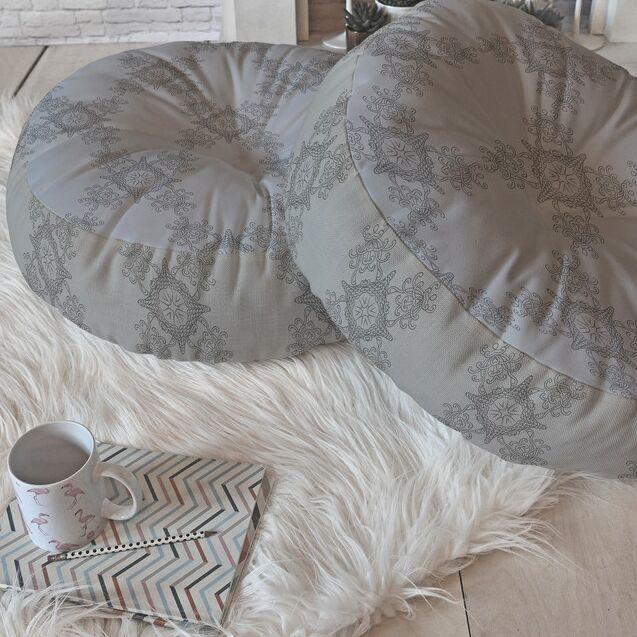Lara Kulpa Ornamental Round Floor Pillow Size: 26
