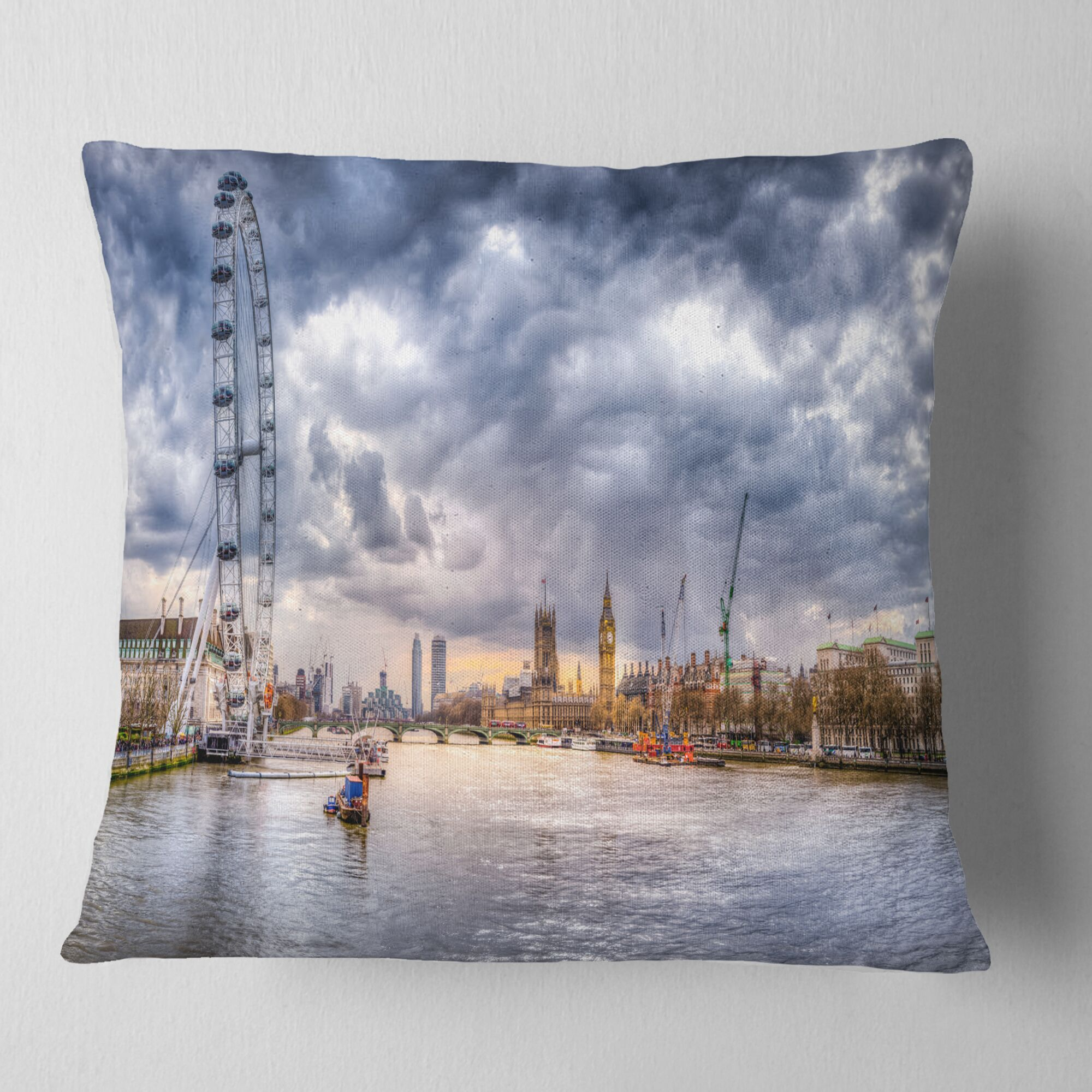 London Skyline and River Thames Cityscape Pillow Size: 26