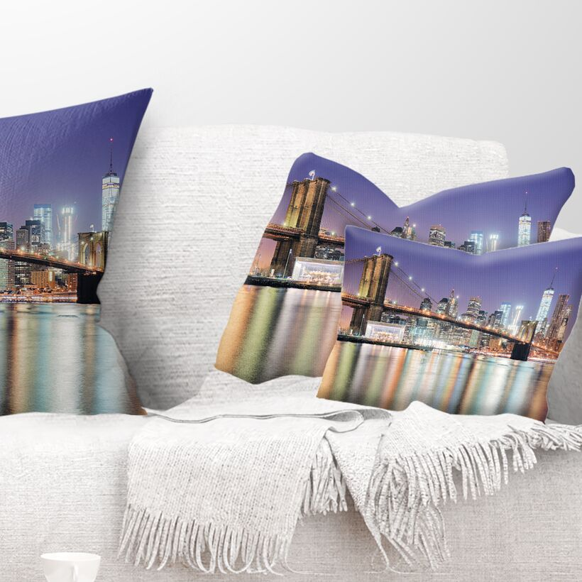 New York City with Freedom Tower Cityscape Pillow Size: 12