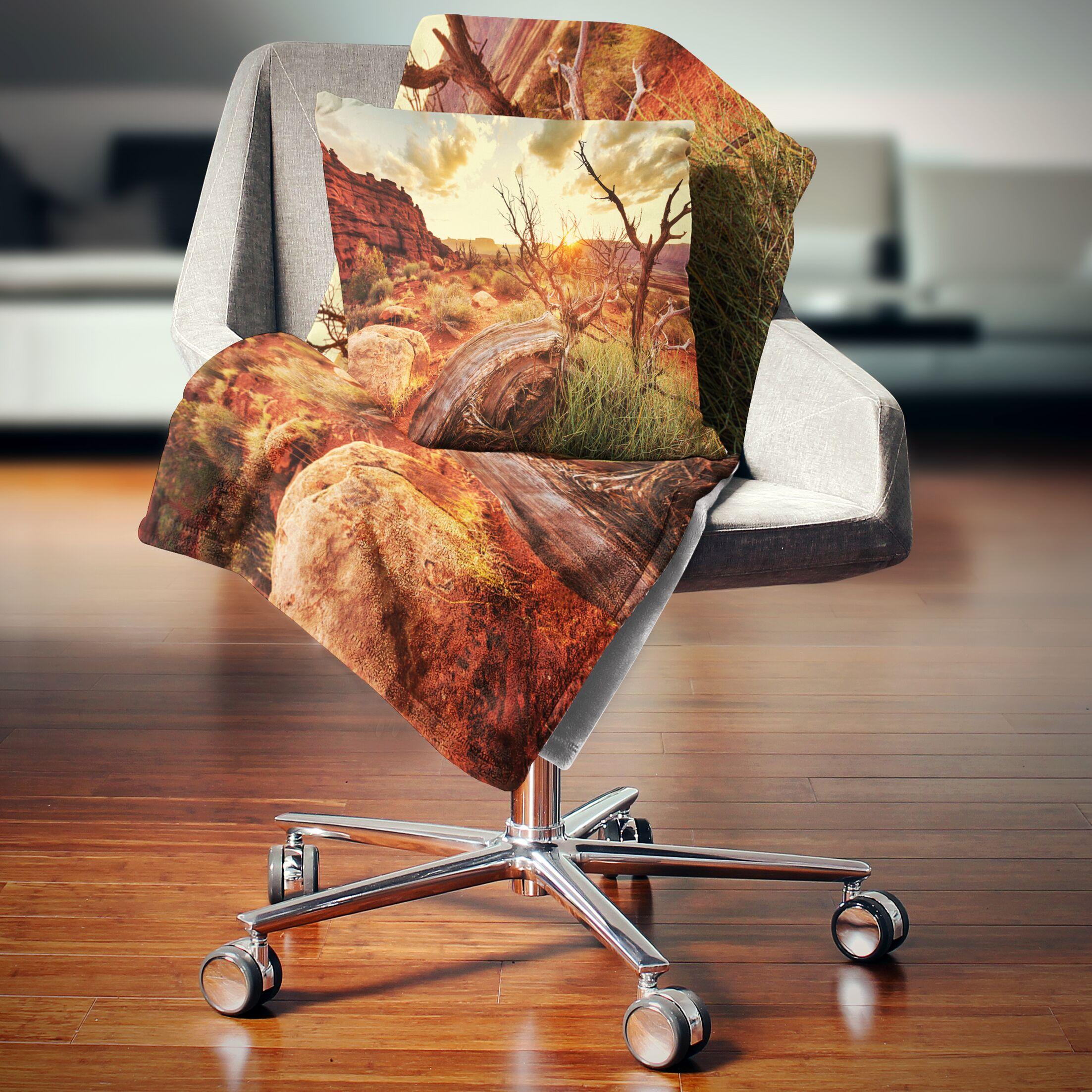 Landscape Colorful Fall American Prairie Throw Pillow