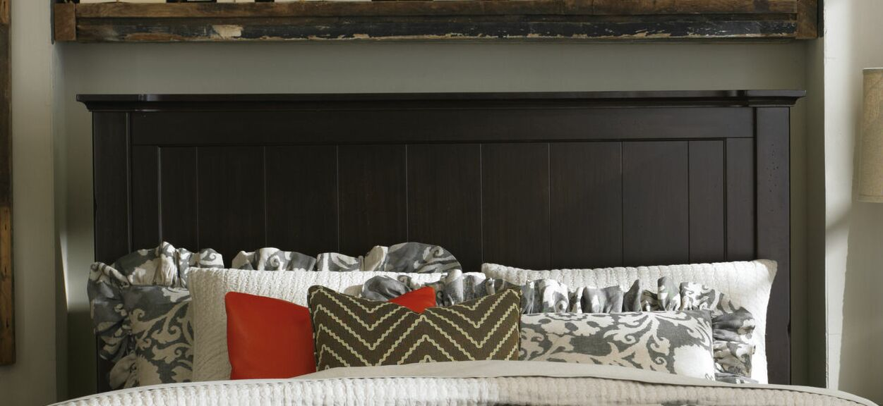 Blithedale Panel Headboard Color: Dark Brown, Size: Queen