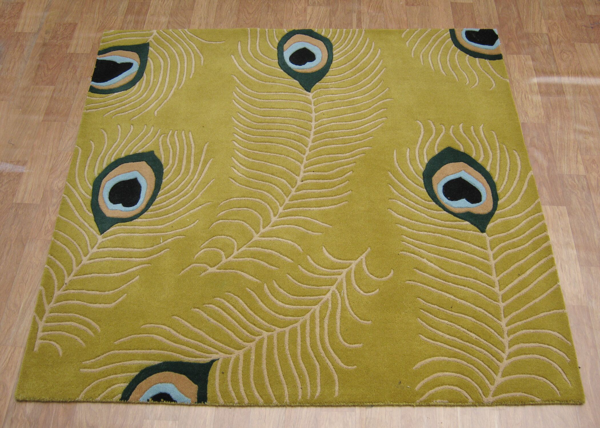 Hand-Tufted Green Area Rug Rug Size: Square 6'