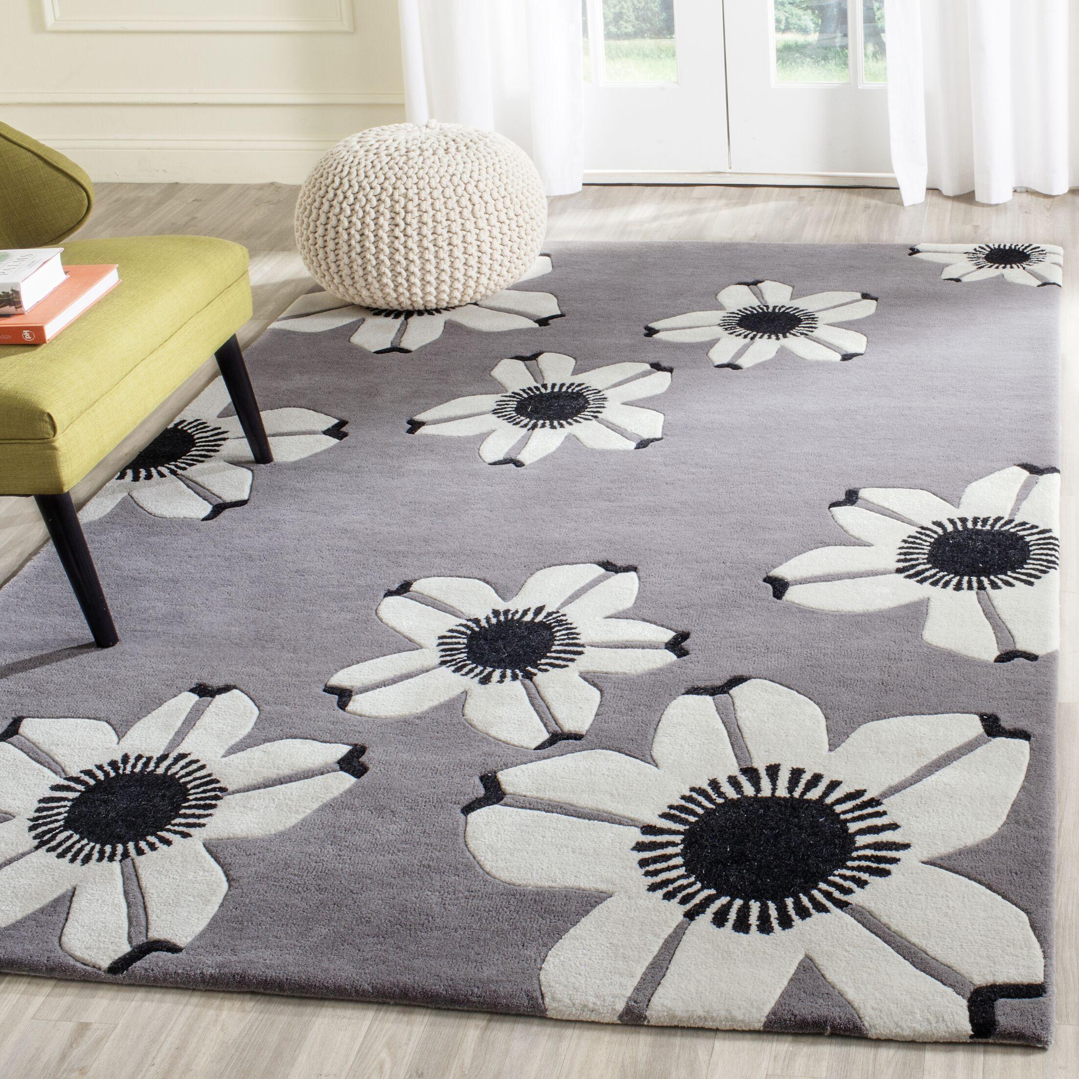 Vasilia Gray Area Rug Rug Size: Rectangle 8' x 10'