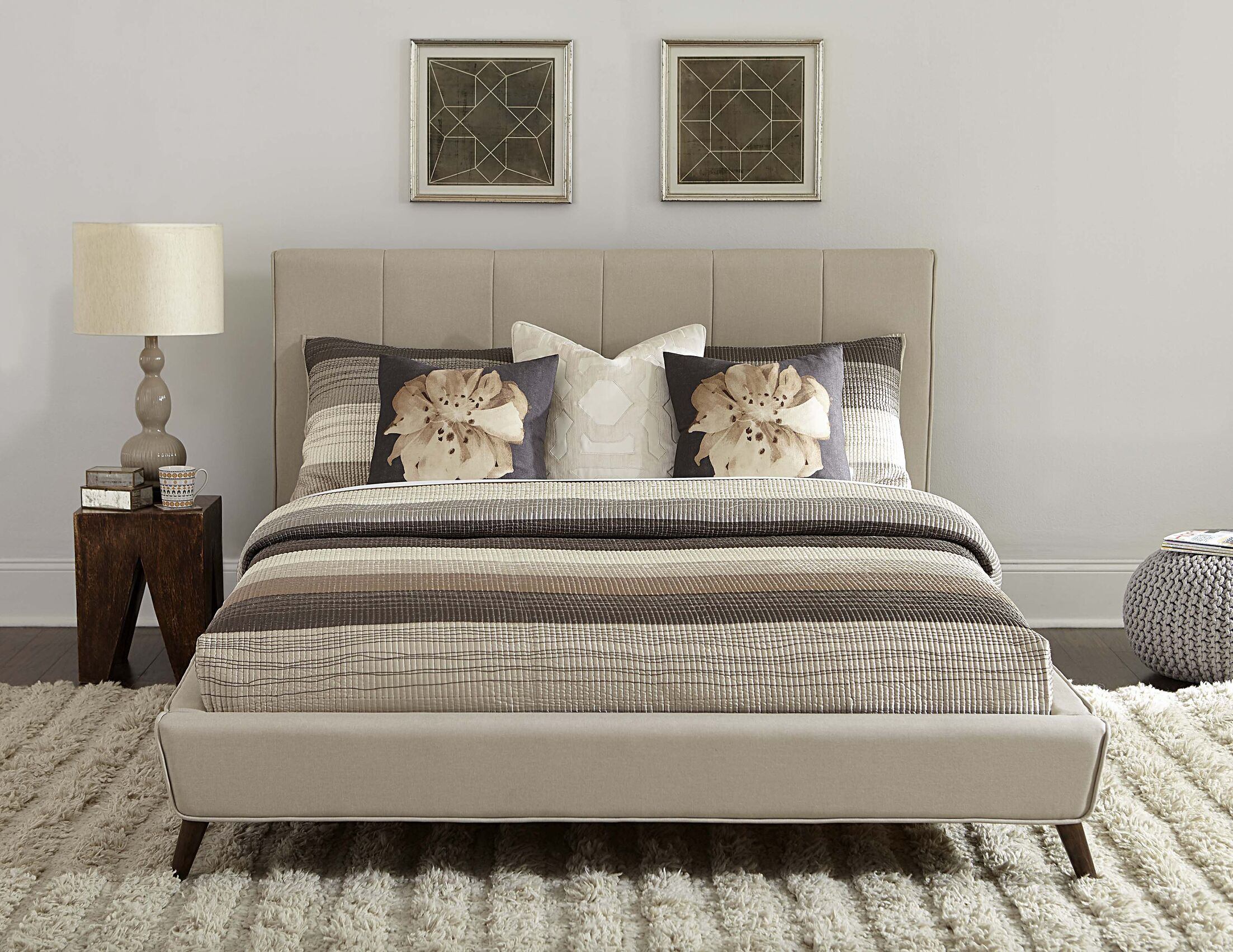 Chad Upholstered Platform Bed Size: Queen