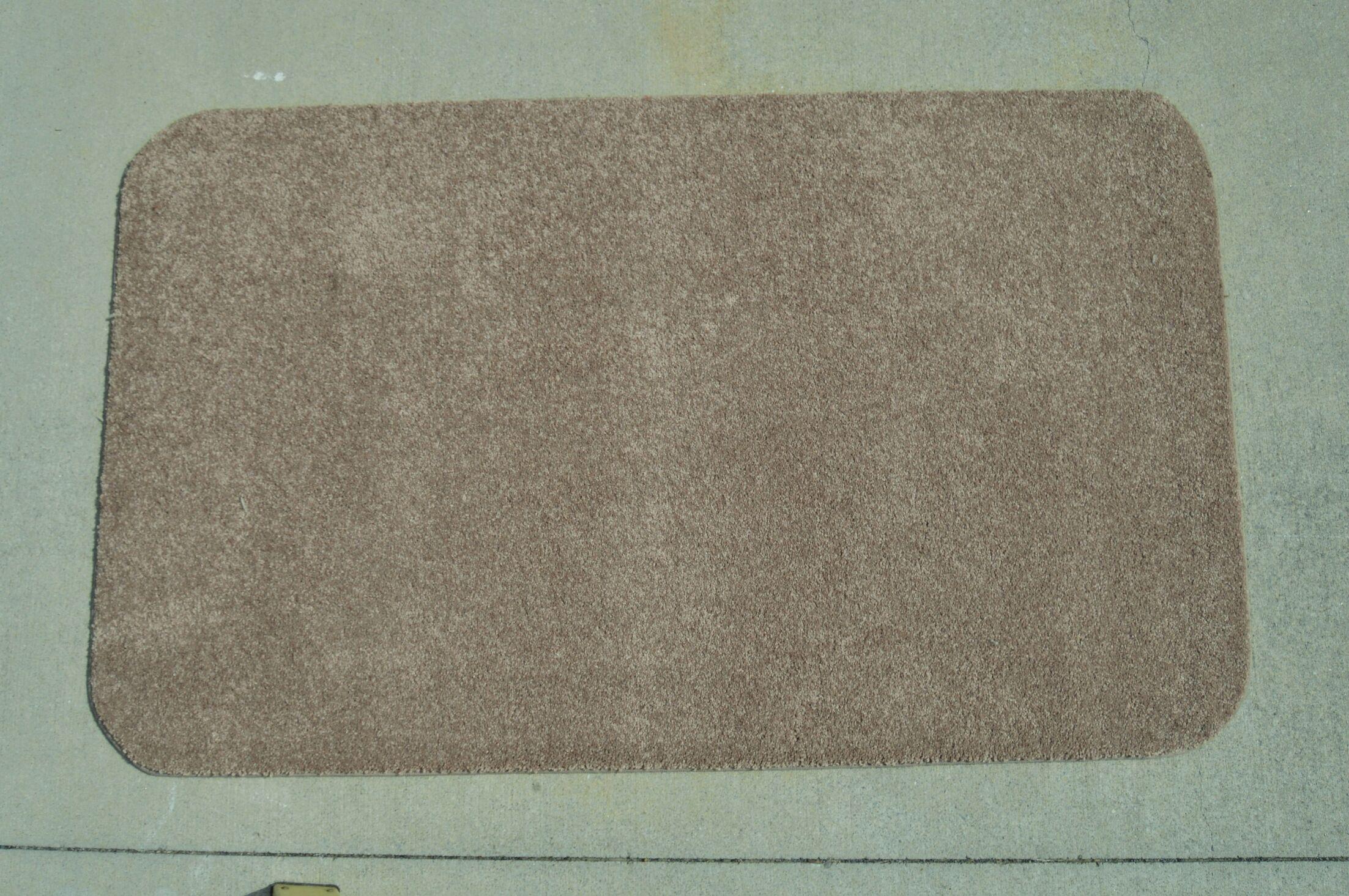 Makenna Gray Area Rug Rug Size: 3' x 5'