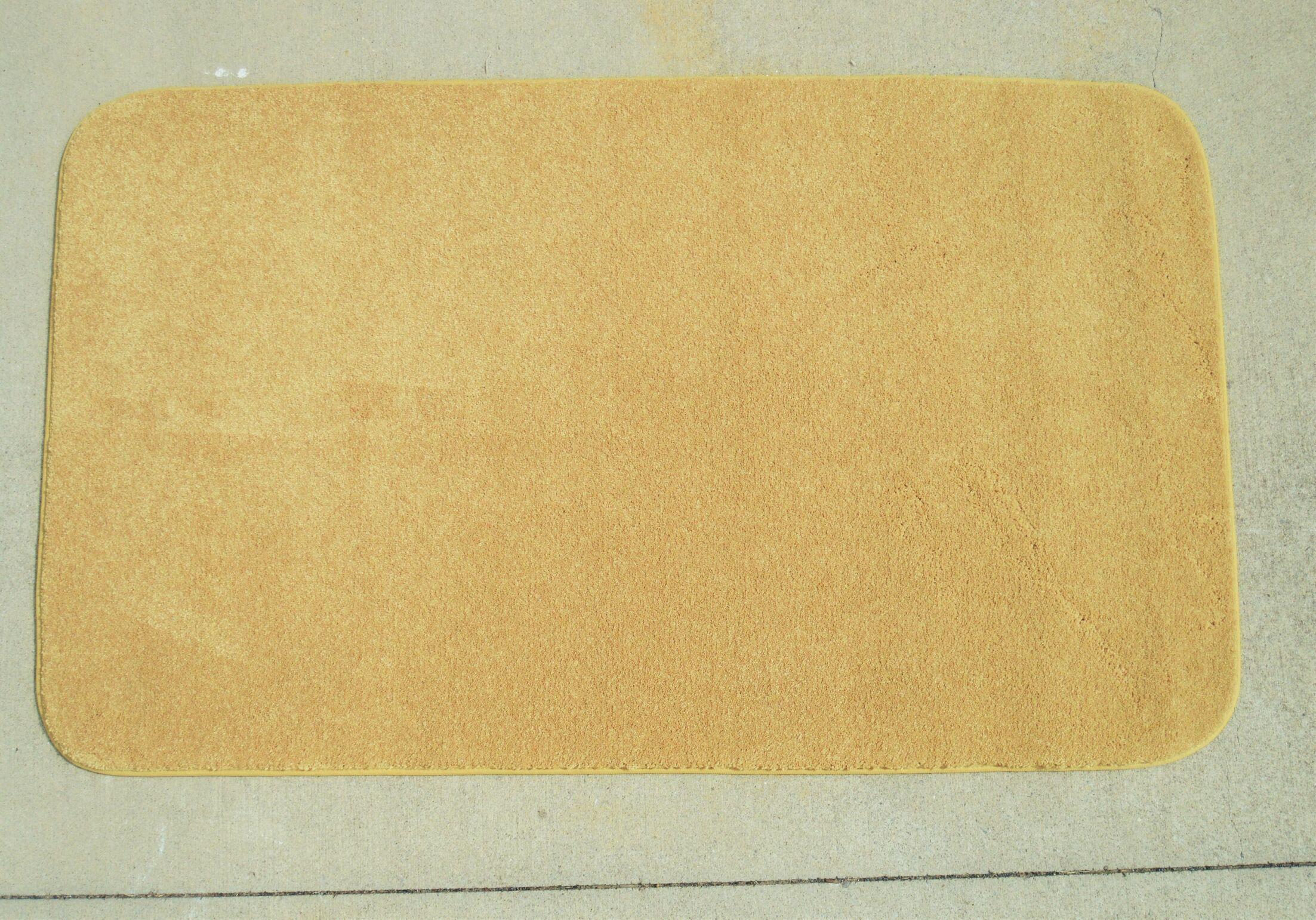 Makenna Gold Bullion Area Rug Rug Size: 5' x 8'
