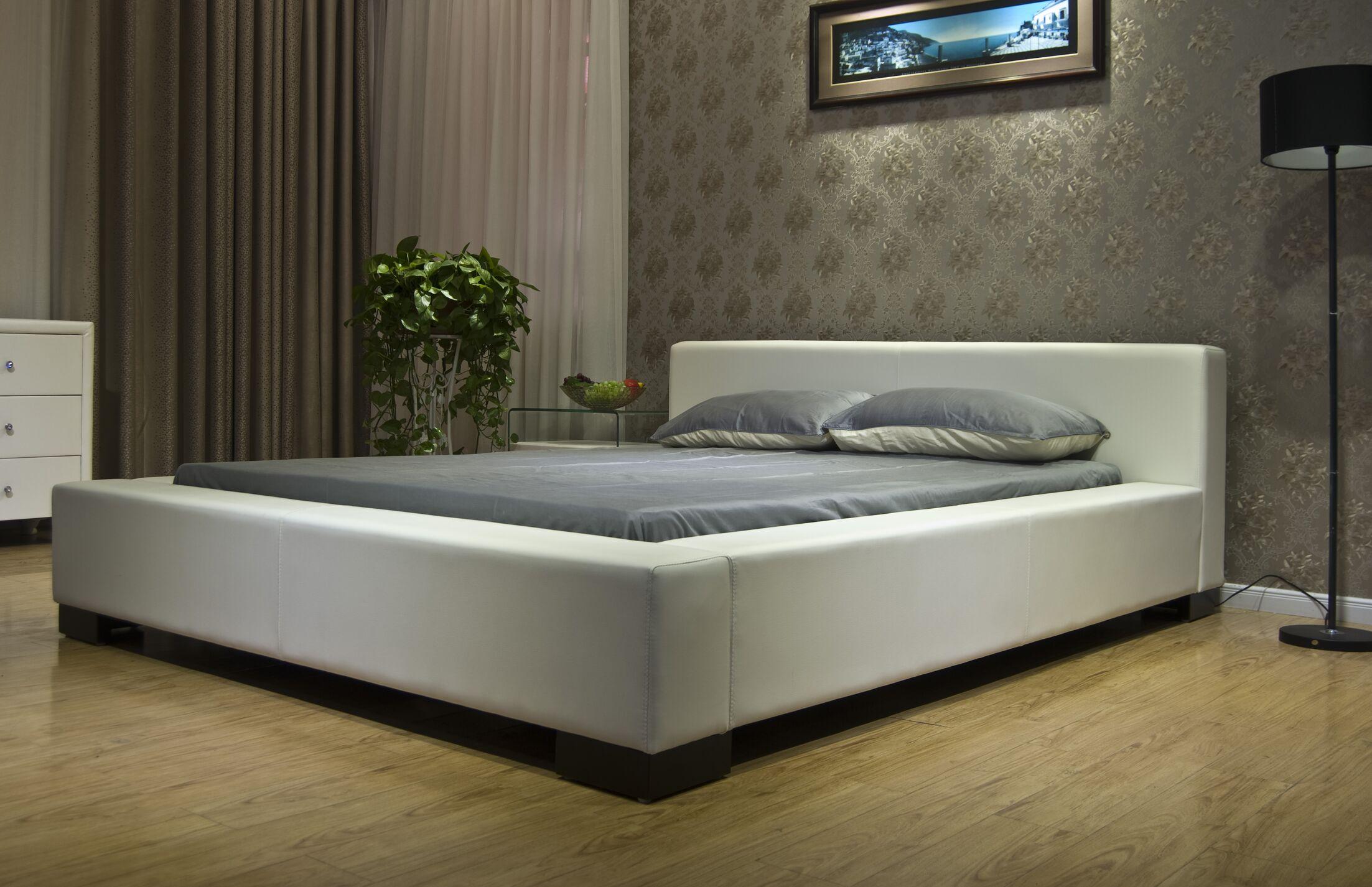 Astor Upholstered Platform Bed Size: California King, Color: White