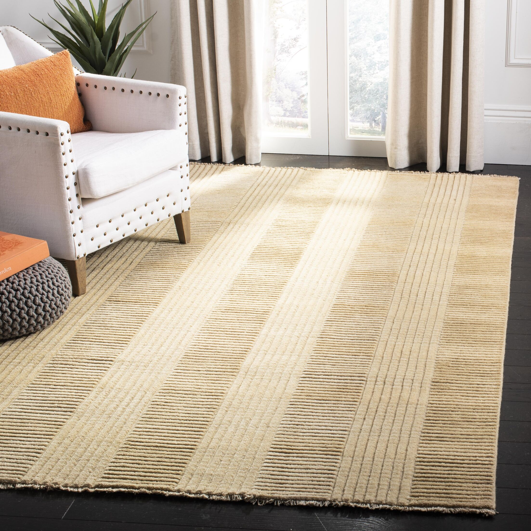 Apple Creek Hand-Knotted Beige Area Rug Rug Size: Rectangle 5' x 8'