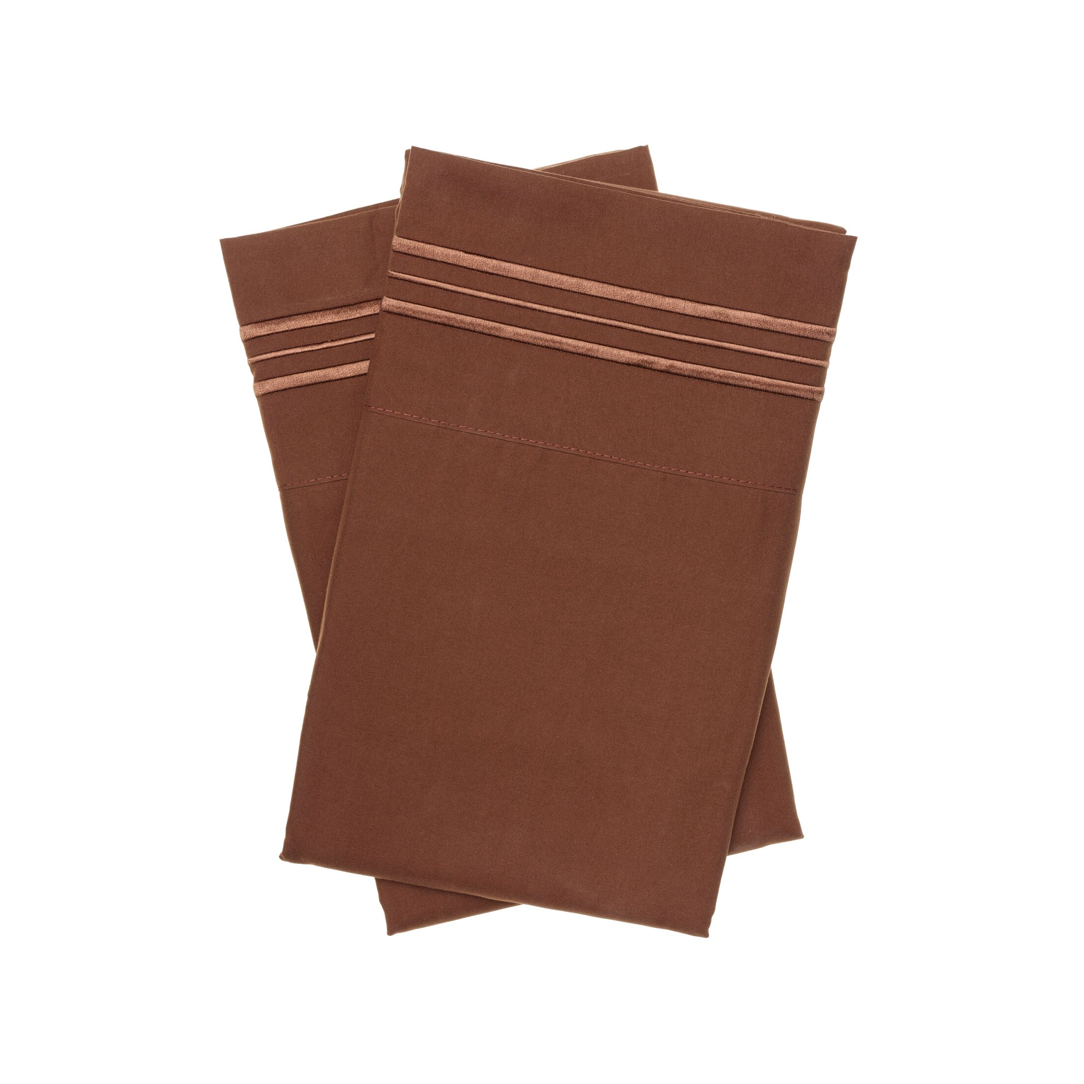 Holsworthy Deep Sleep Pillow Case Color: Cocoa, Size: King