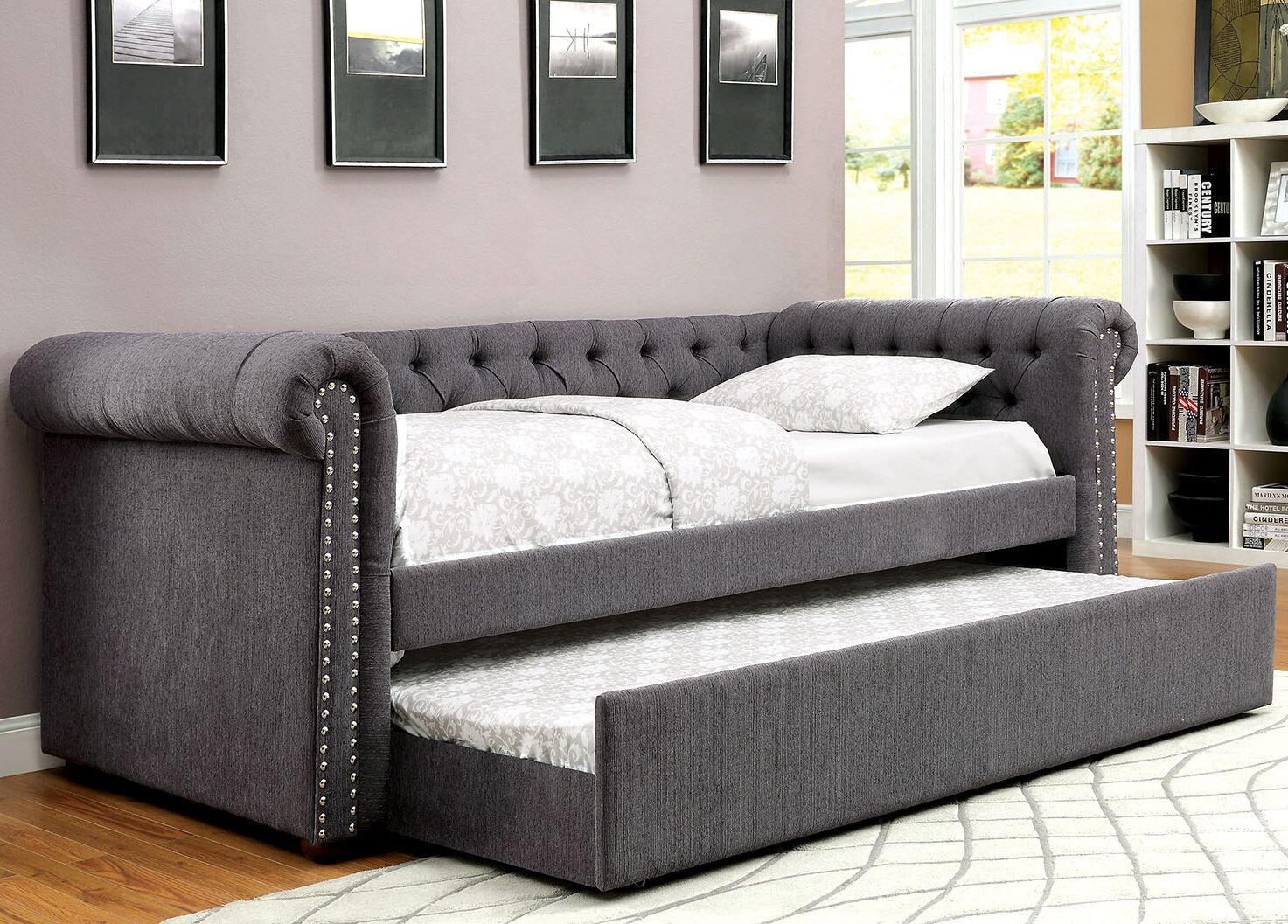 Leona Daybed with Trundle Color: Gray, Size: Full