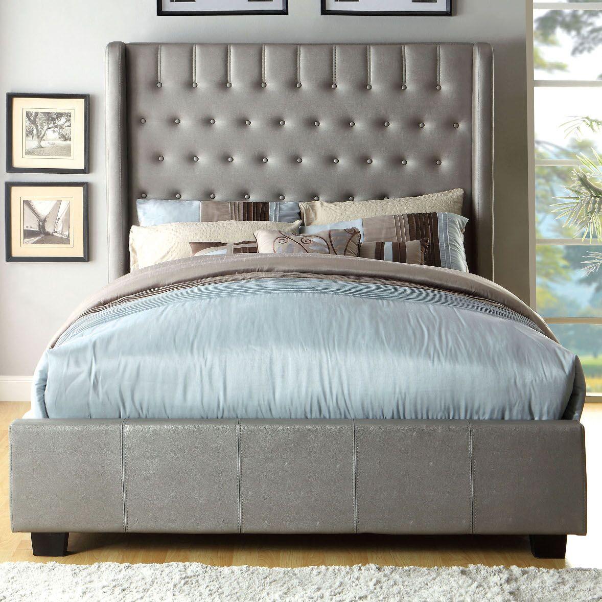 Upholstered Platform Bed Size: Full, Color: Silver