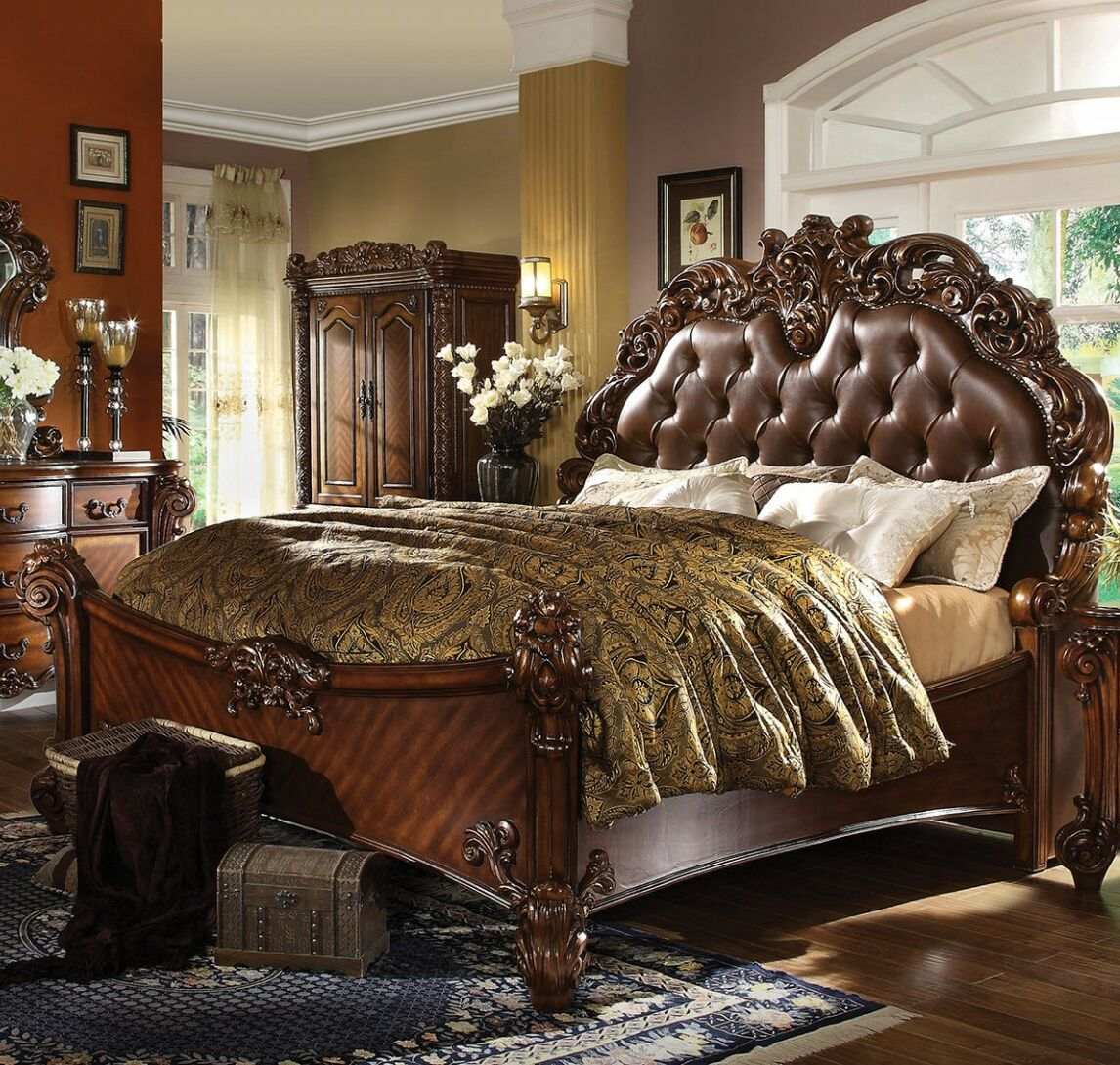 JV Panel Bed Size: King