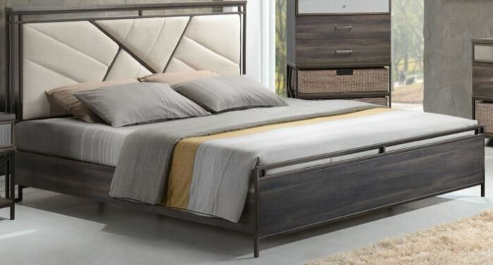 Francisca Upholstered Panel Bed Size: Queen