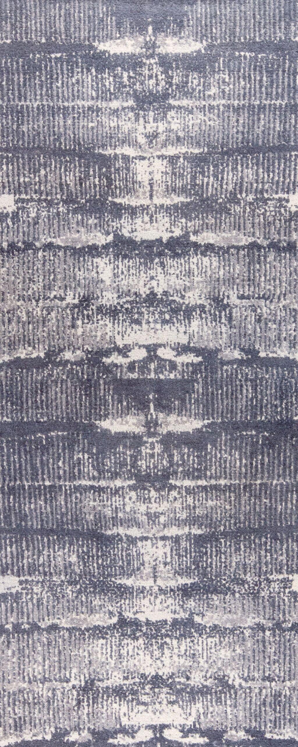 Jackson Hand-Woven Gray Area Rug Rug Size: 5' x 8'