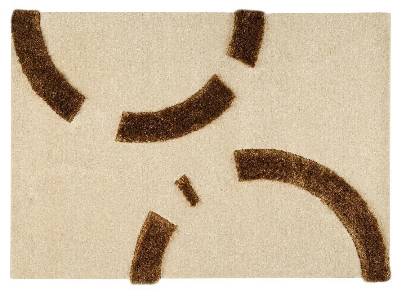 Liesl Hand-Tufted Beige Area Rug Rug Size: 4'6