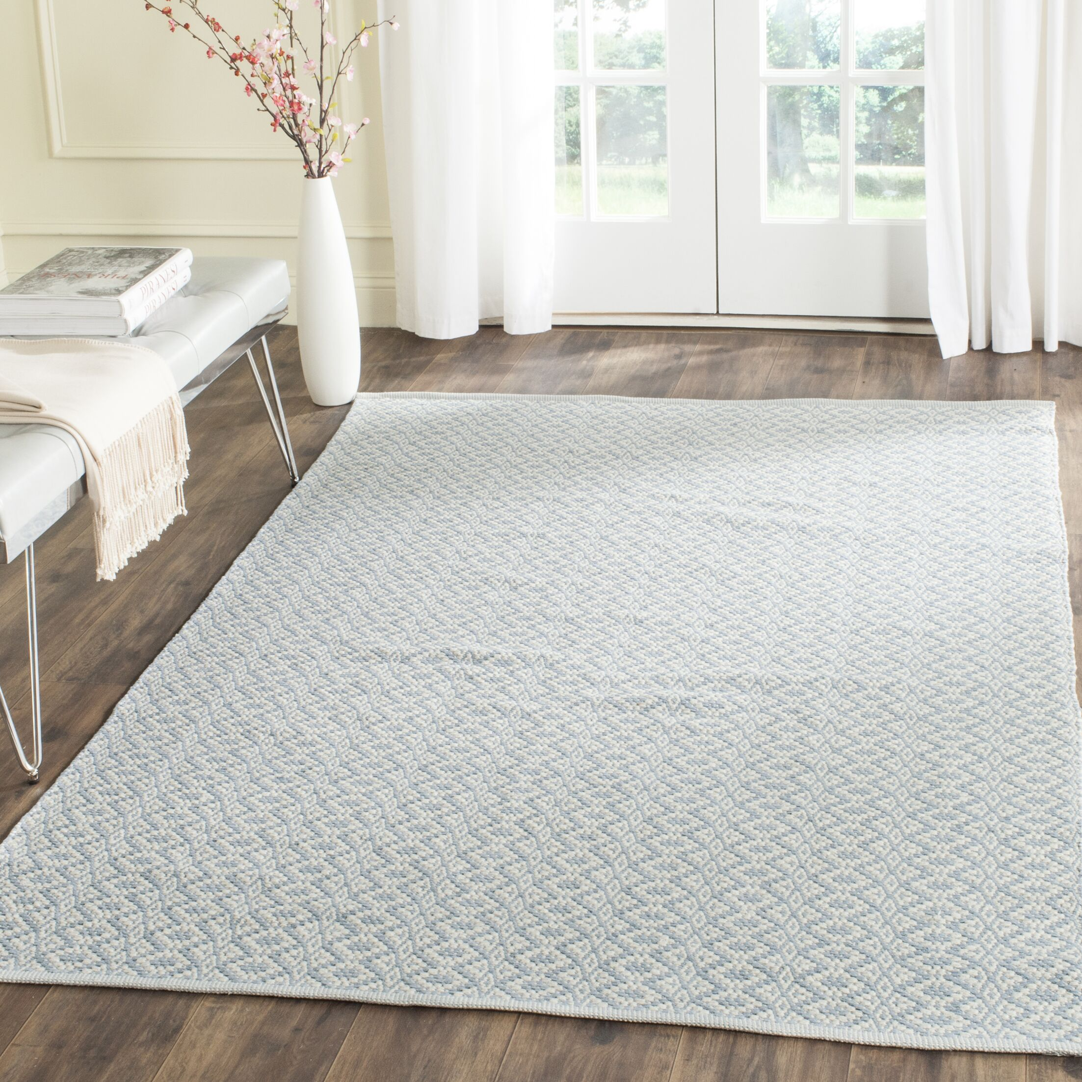 Whorton Hand Woven Ivory/Light Blue Area Rug Rug Size: Rectangle 4' x 6'