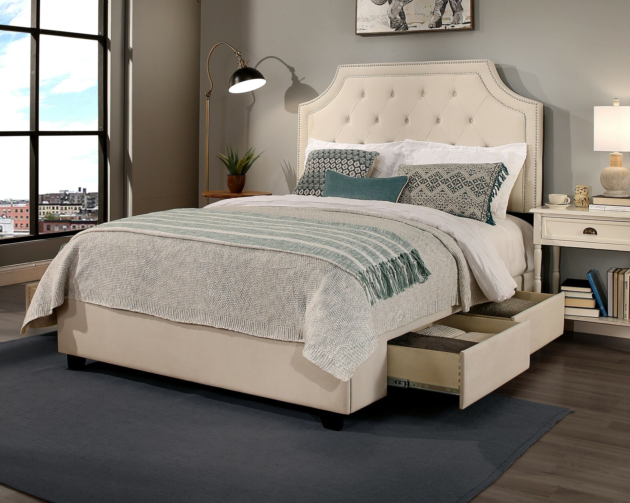 Devitt Storage Platform Bed Size: Queen
