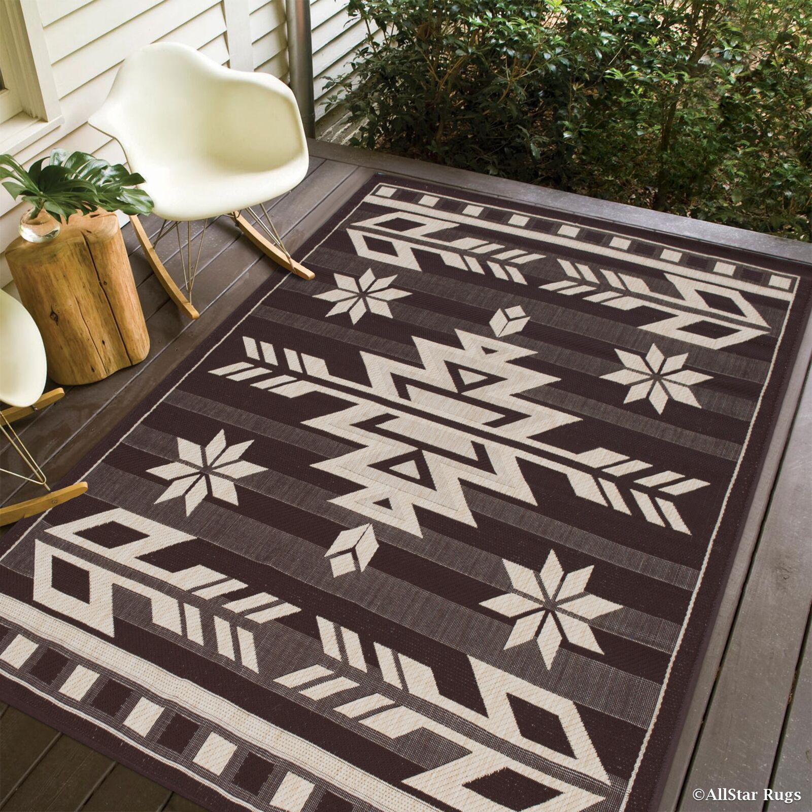 Philson All Weather Indoor/Outdoor Chocolate Area Rug Rug Size: 7'10