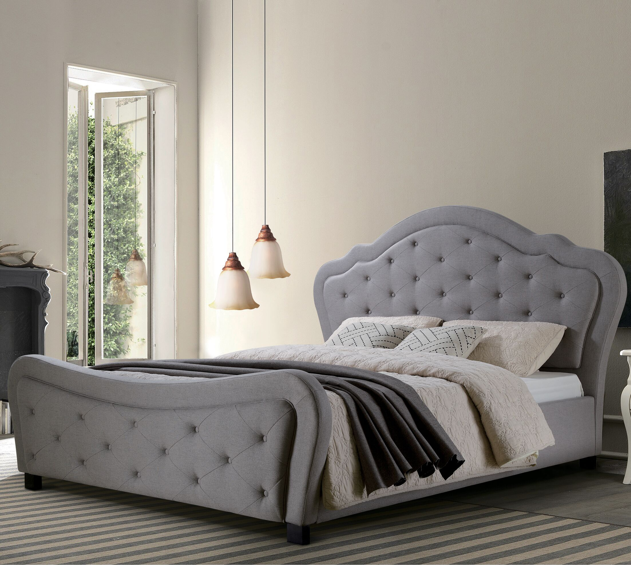Upholstered Platform Bed Size: King, Headboard Color: Gray