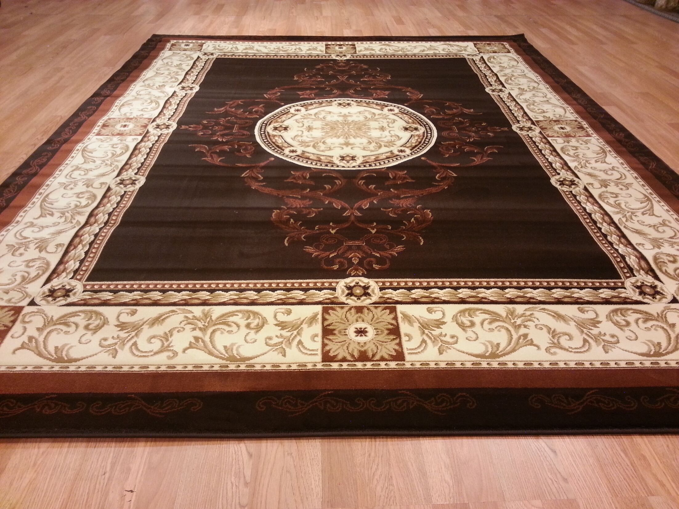 Brown Area Rug Rug Size: Round 7'