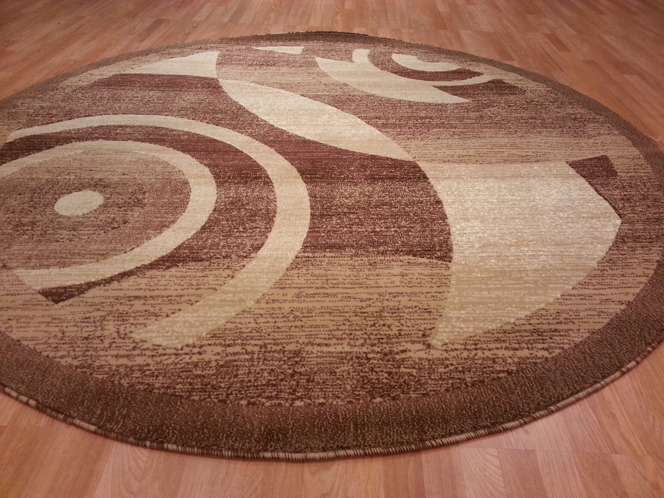 Hand-Carved Brown Area Rug Rug Size: Round 8'