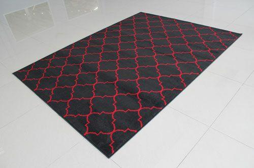 Black/Red Area Rug Rug Size: 5'3